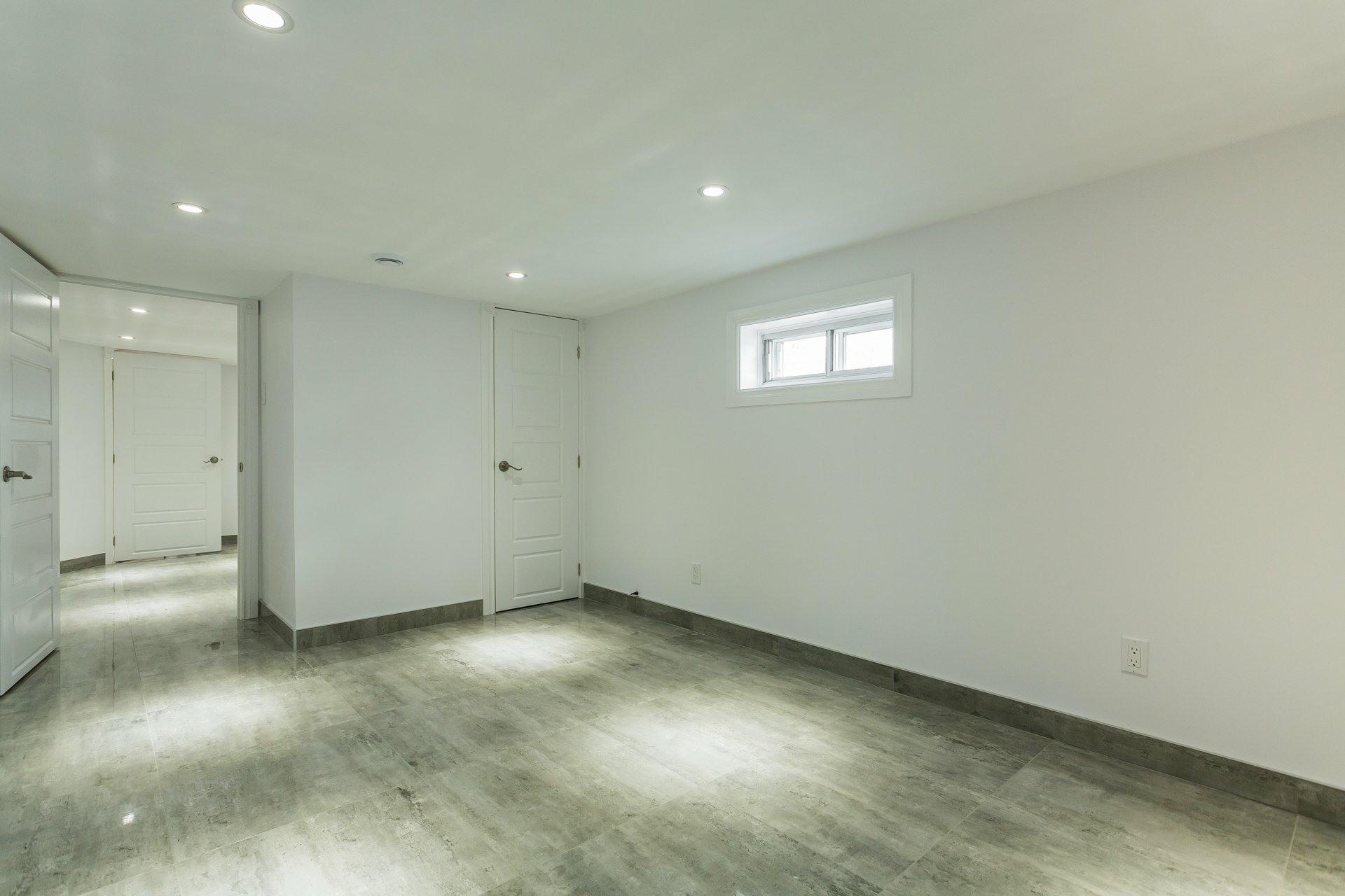 image 17 - Casa In Vendita Montréal Rosemont/La Petite-Patrie  - 6 stanze