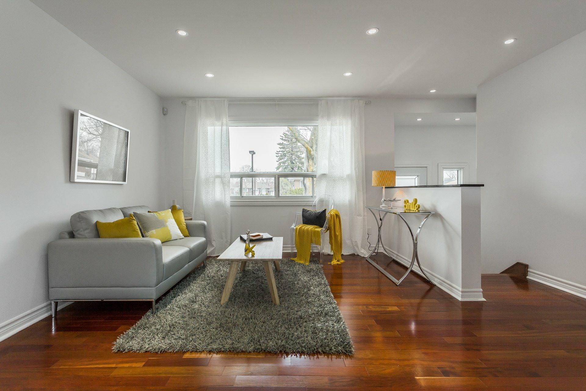 image 1 - House For sale Montréal Rosemont/La Petite-Patrie  - 6 rooms