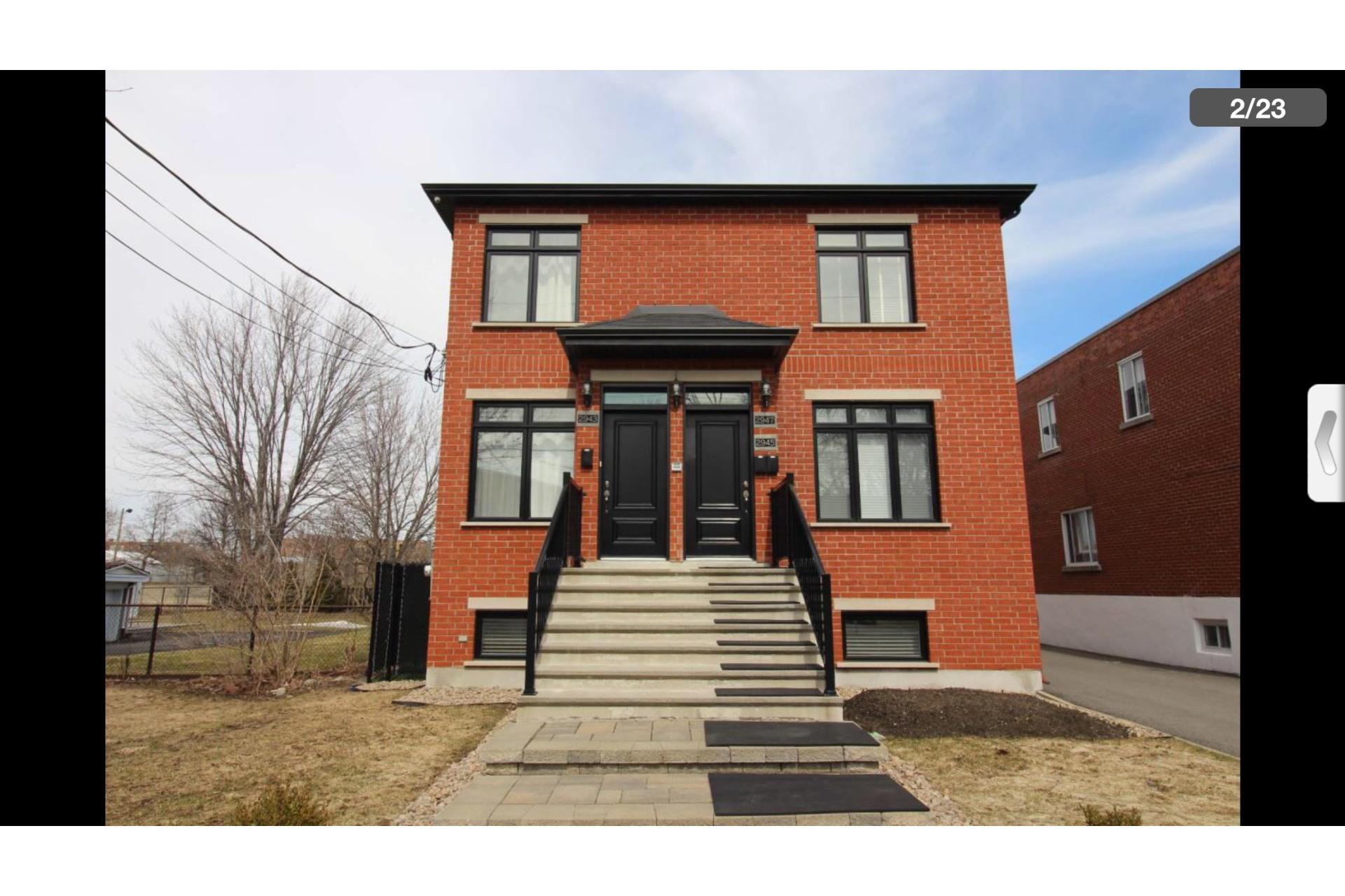 image 2 - Maison À louer Montréal Saint-Laurent  - 10 pièces