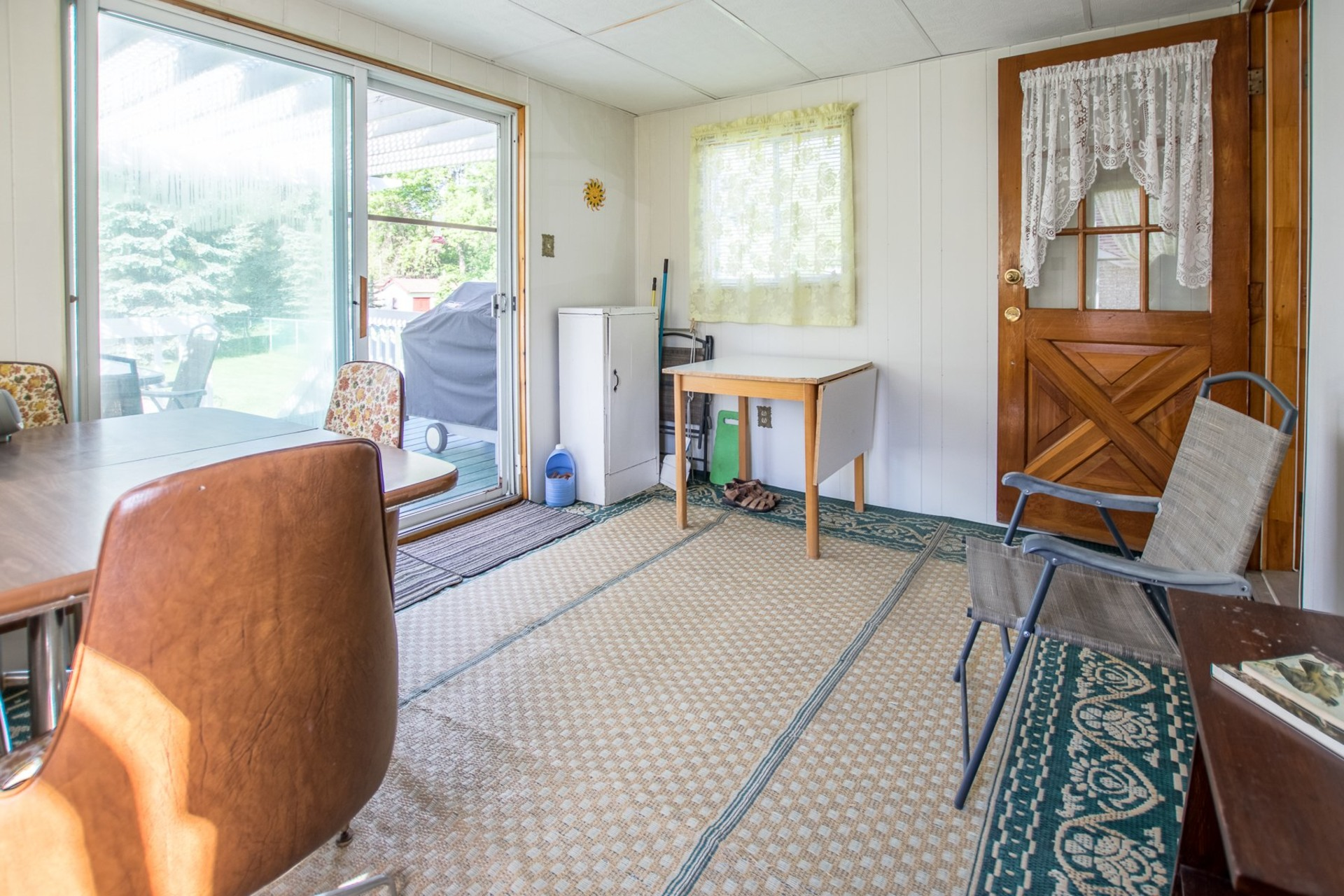 image 9 - House For sale Beauharnois - 9 rooms