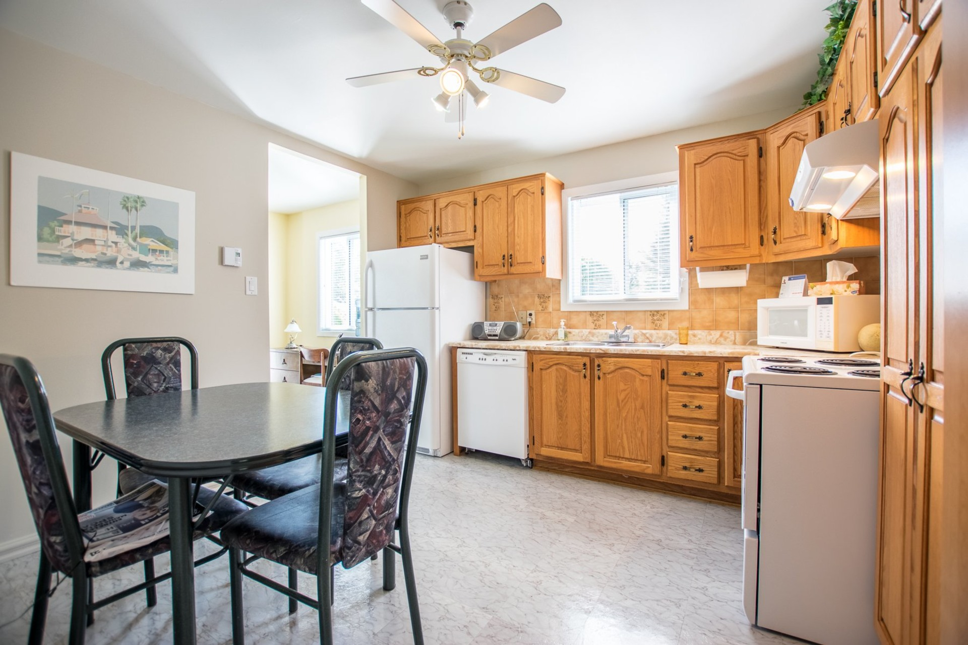 image 6 - House For sale Beauharnois - 9 rooms