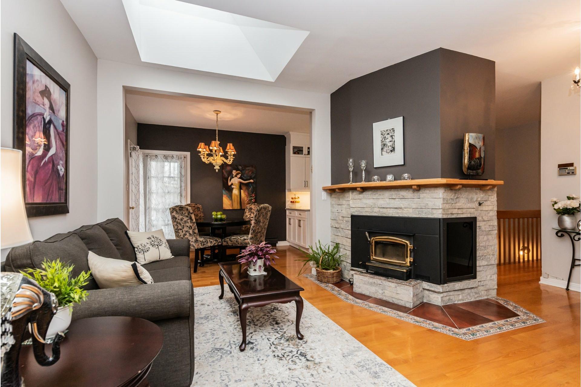 image 1 - Maison À vendre Pierrefonds-Roxboro Montréal  - 11 pièces