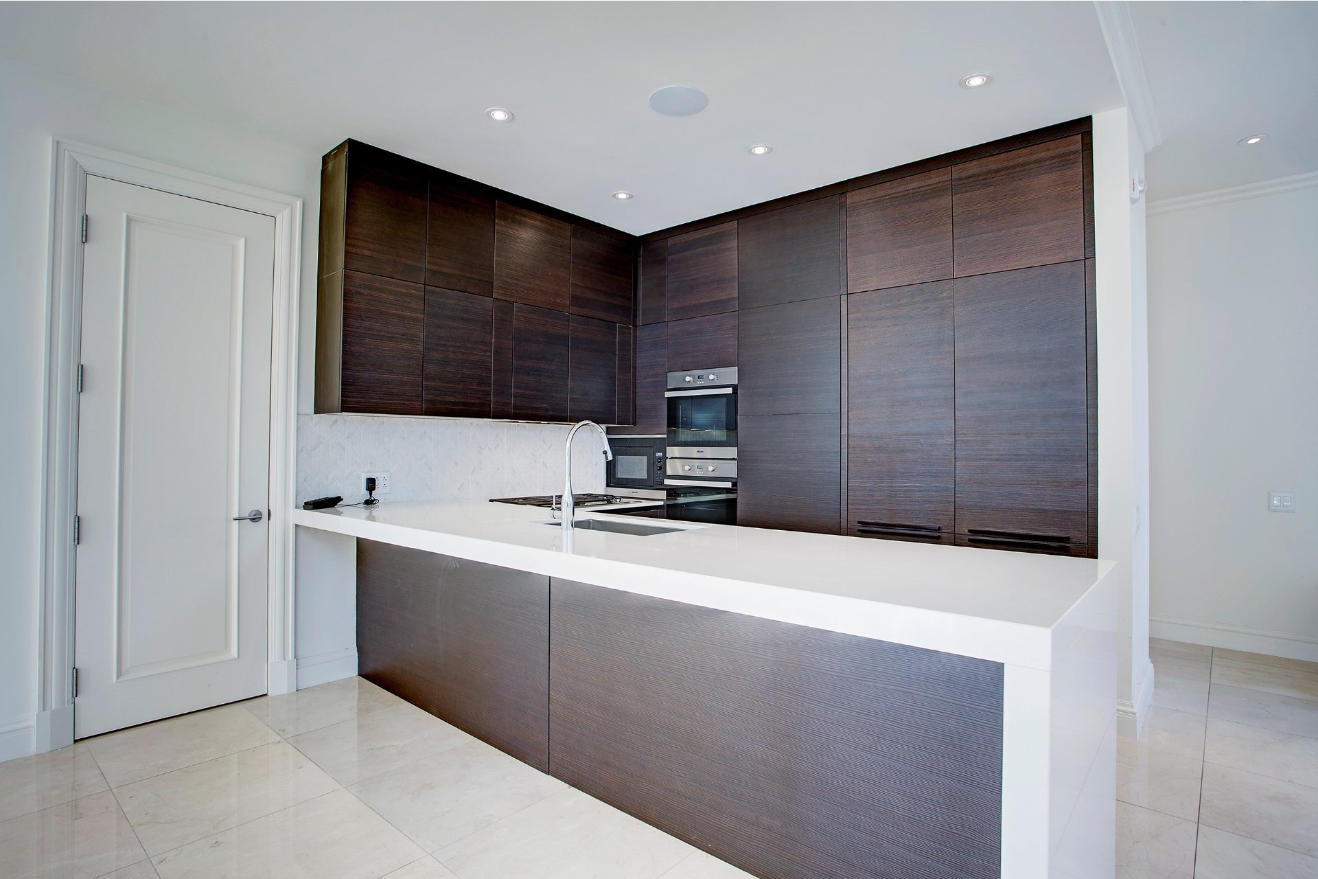 Apartment For Rent Montreal Ville Marie 4 Rooms