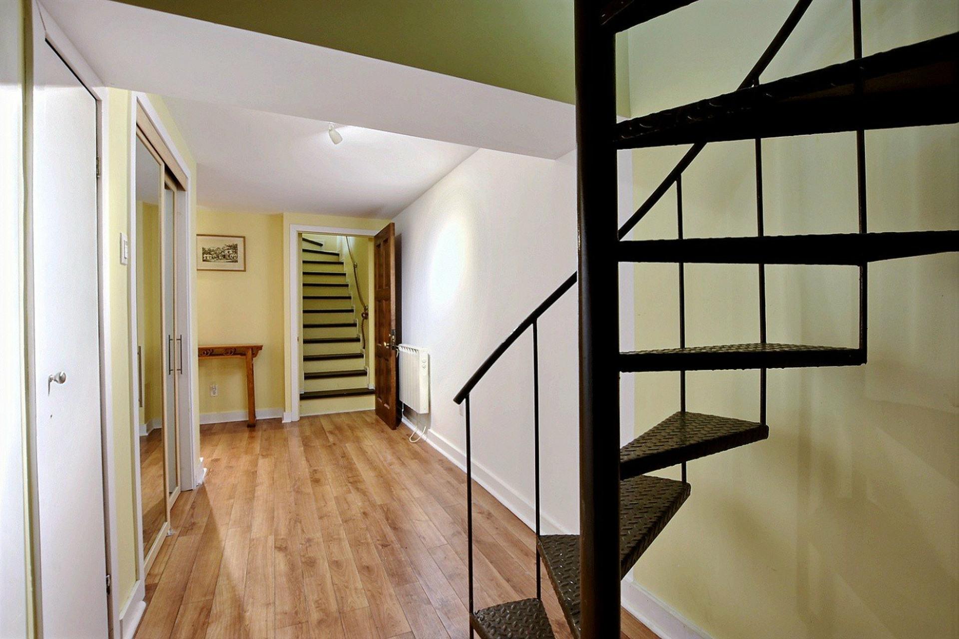 image 26 - Appartement À vendre Montréal Le Plateau-Mont-Royal  - 10 pièces