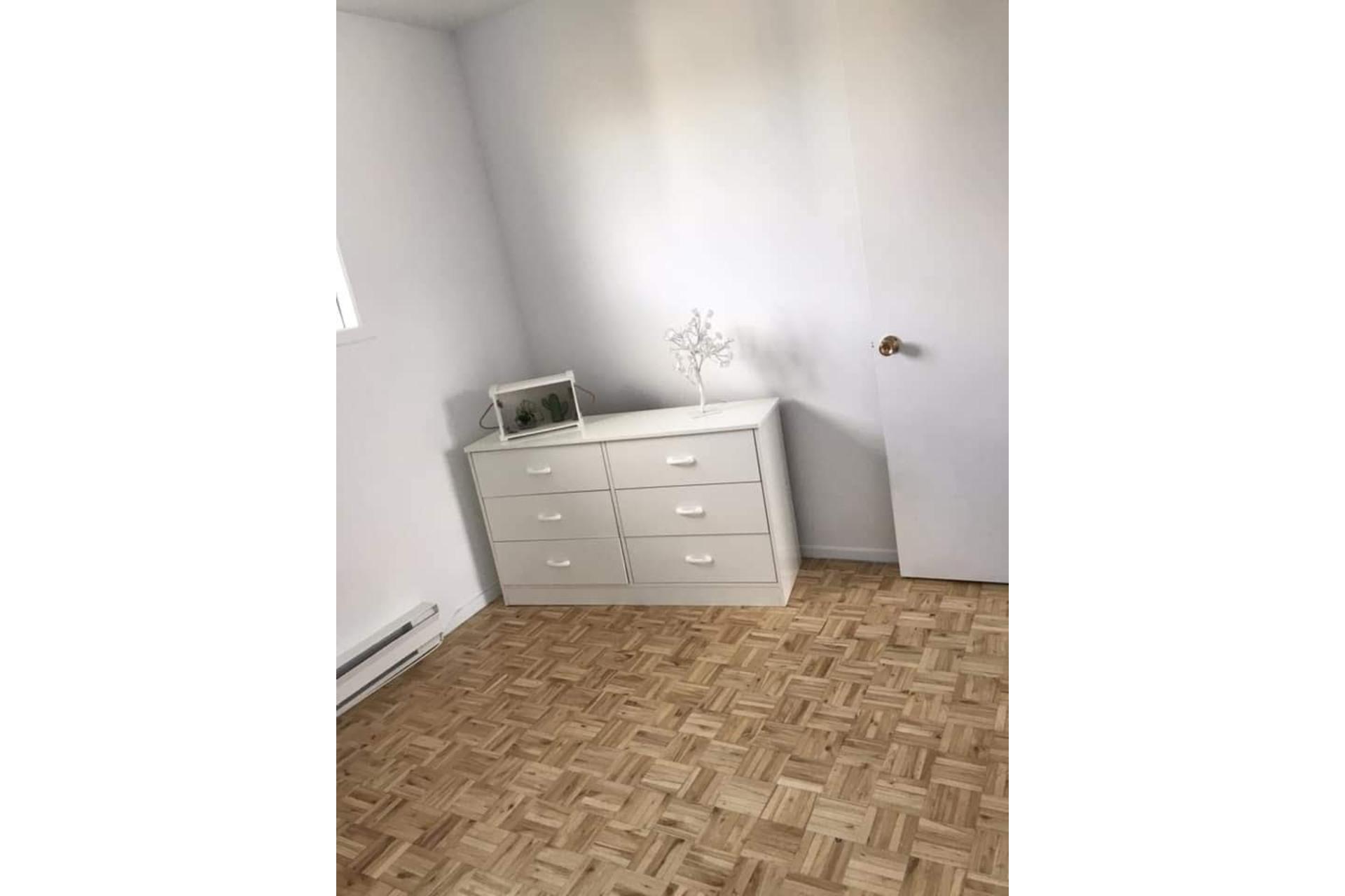 image 4 - Maison À louer Sorel-Tracy - 5 pièces