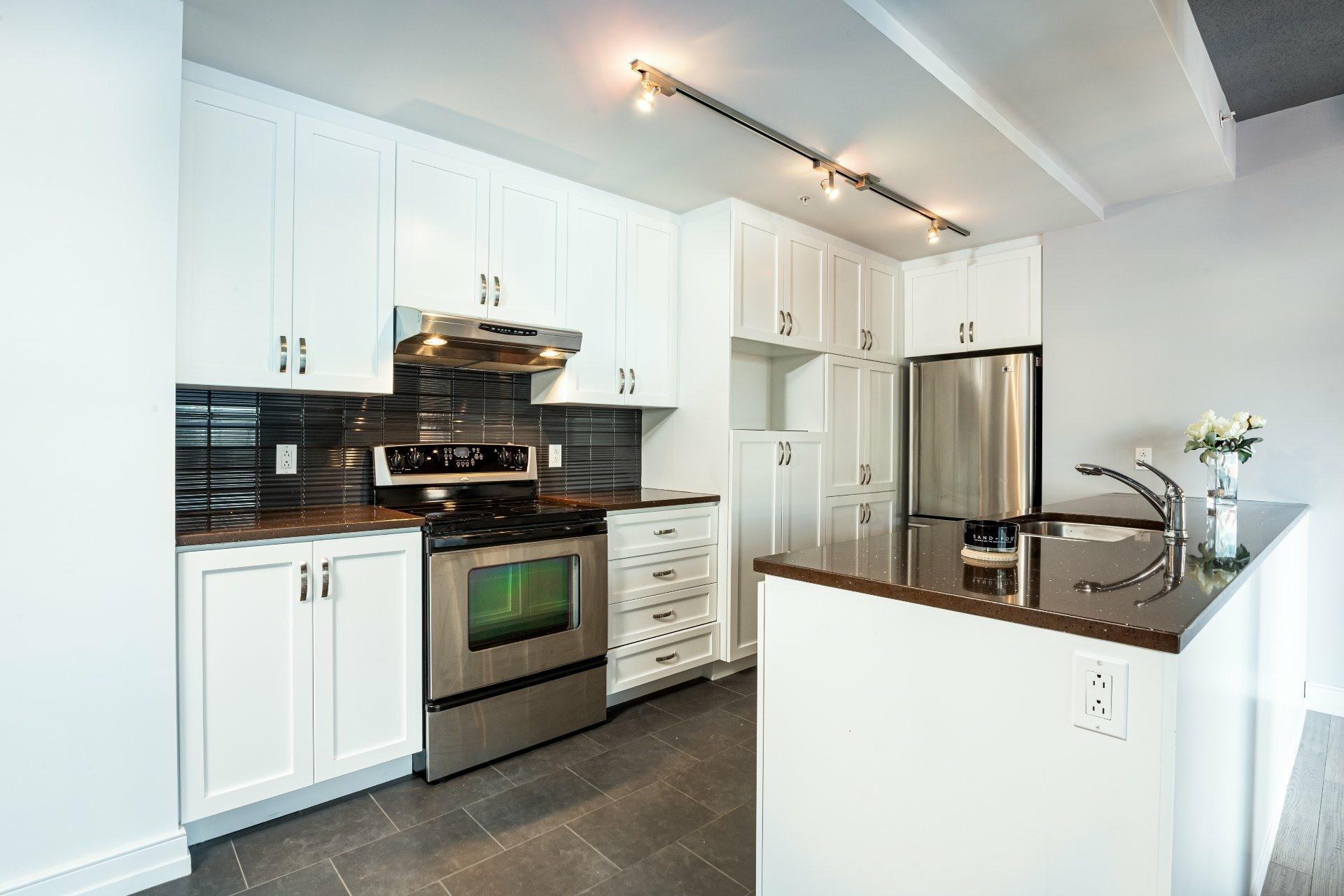 image 9 - Apartment For sale La Cité-Limoilou Québec  - 9 rooms