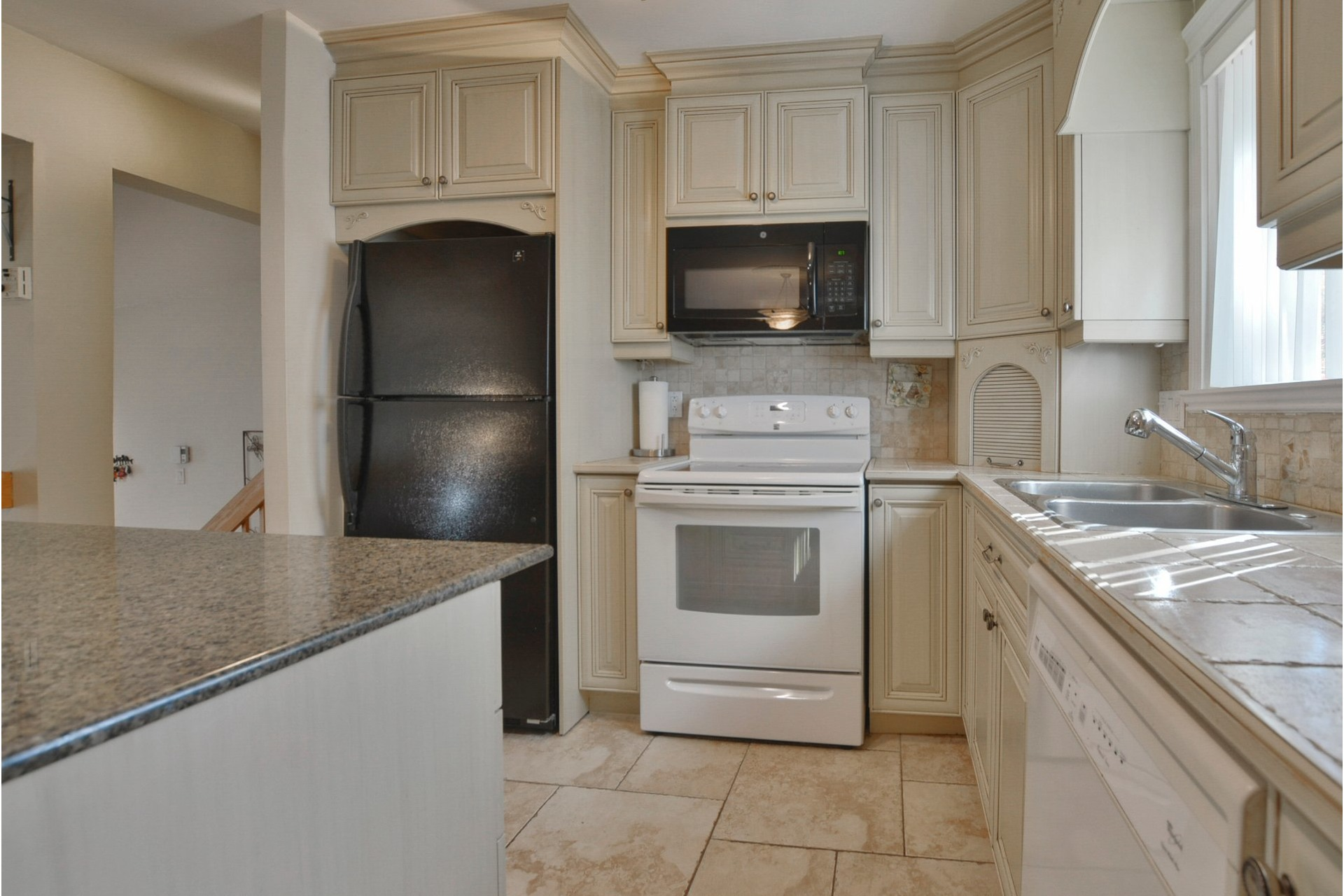 image 8 - House For sale Mascouche - 11 rooms