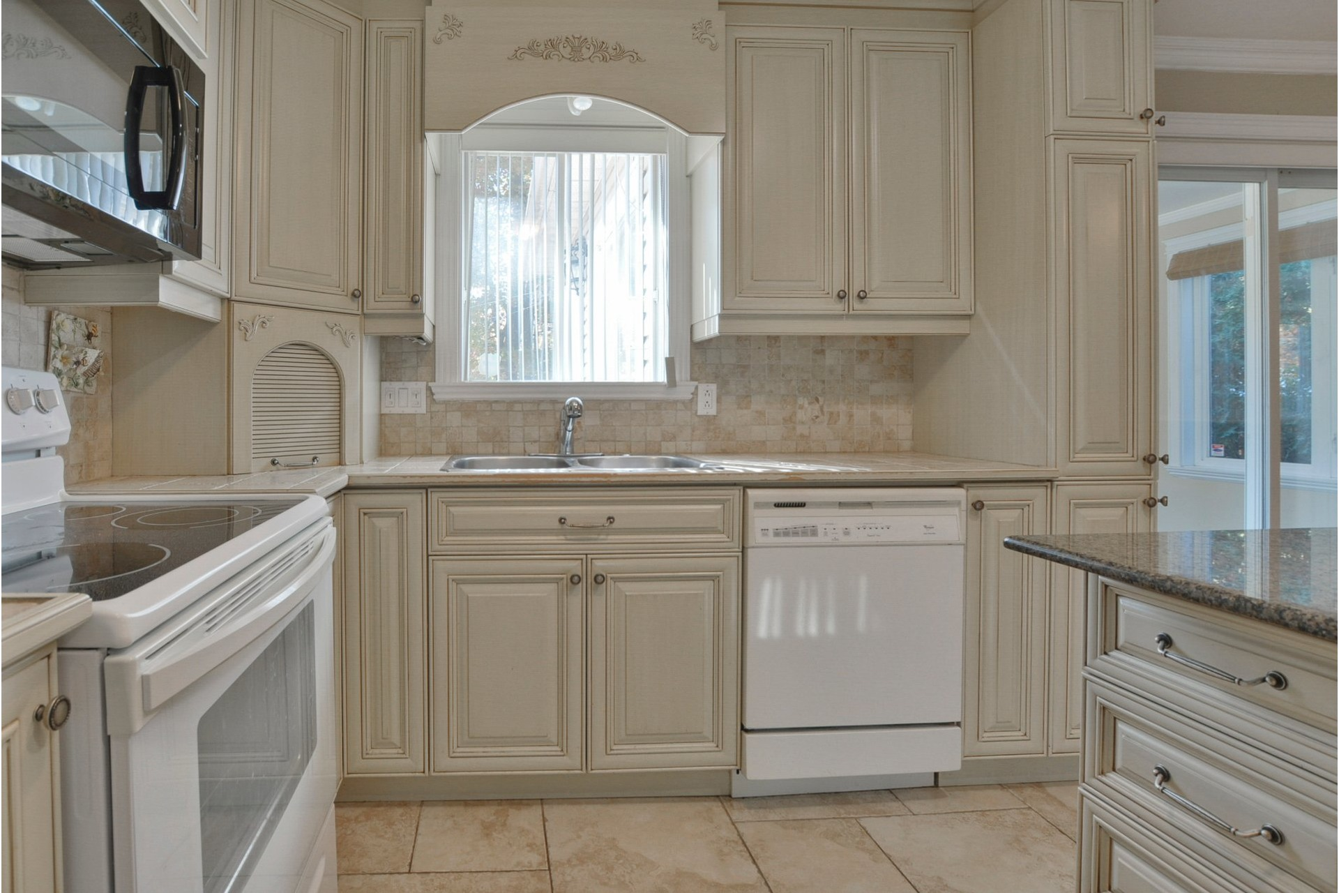 image 7 - House For sale Mascouche - 11 rooms