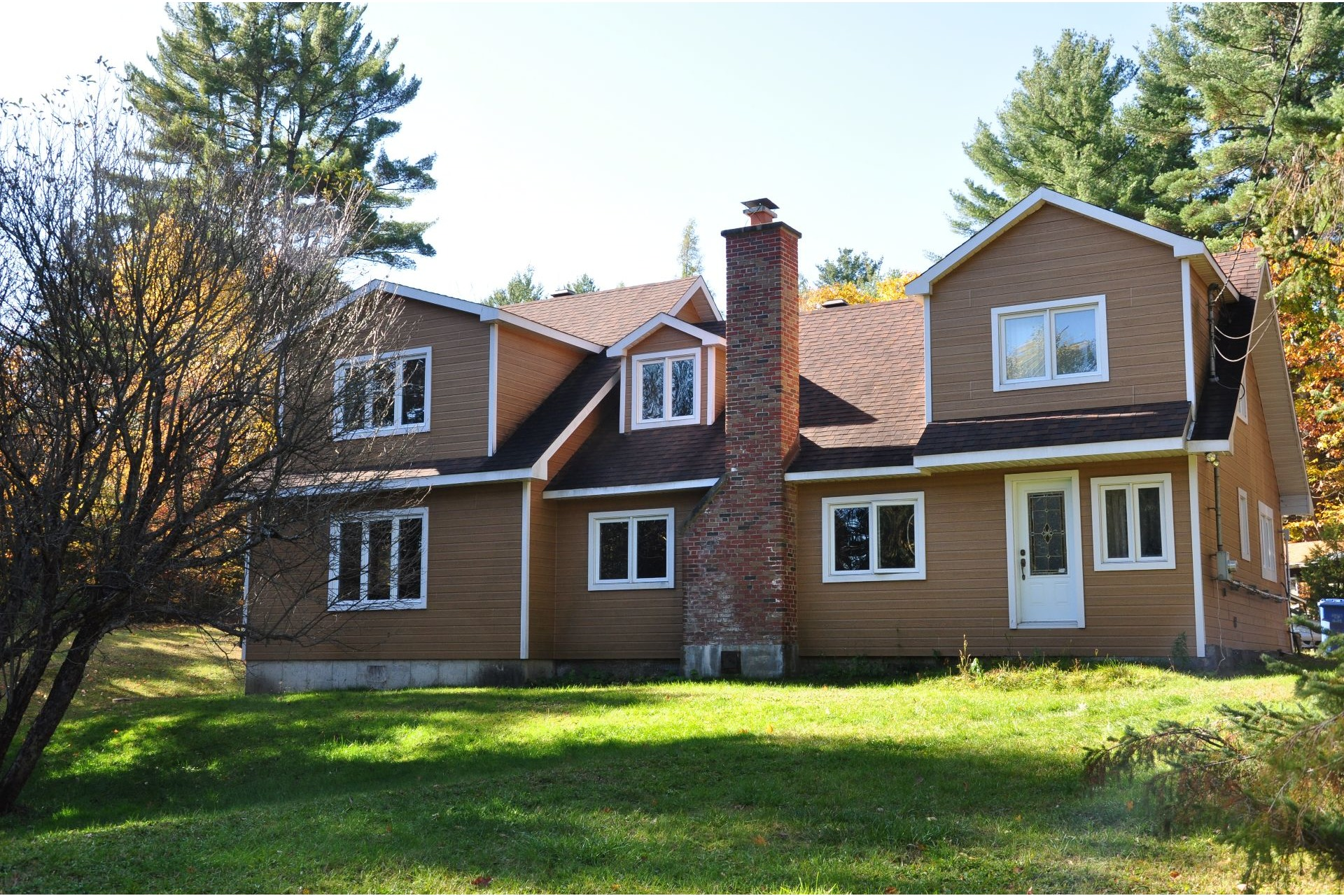 image 0 - House For sale Mille-Isles - 11 rooms
