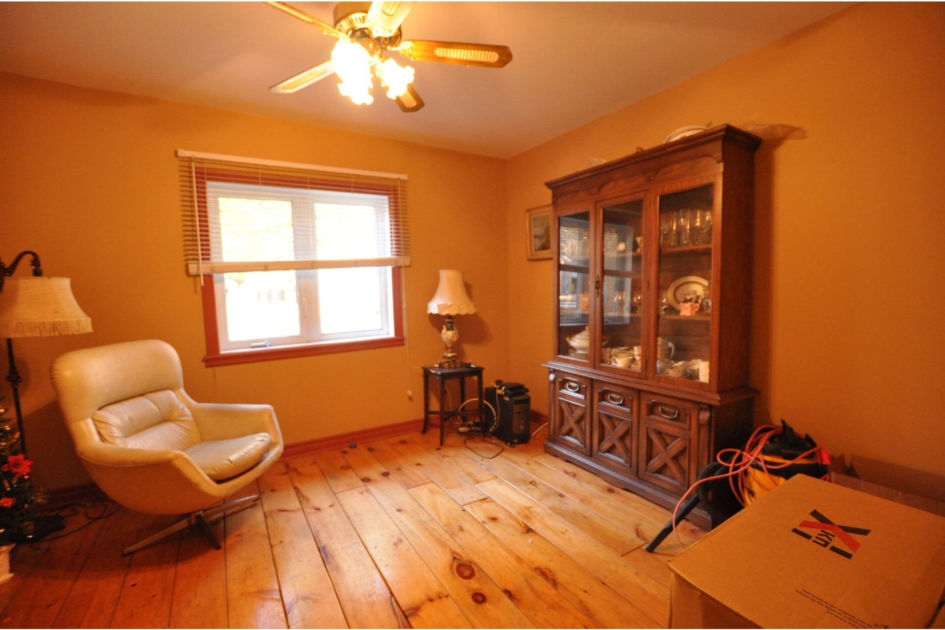 image 9 - House For sale Mille-Isles - 11 rooms