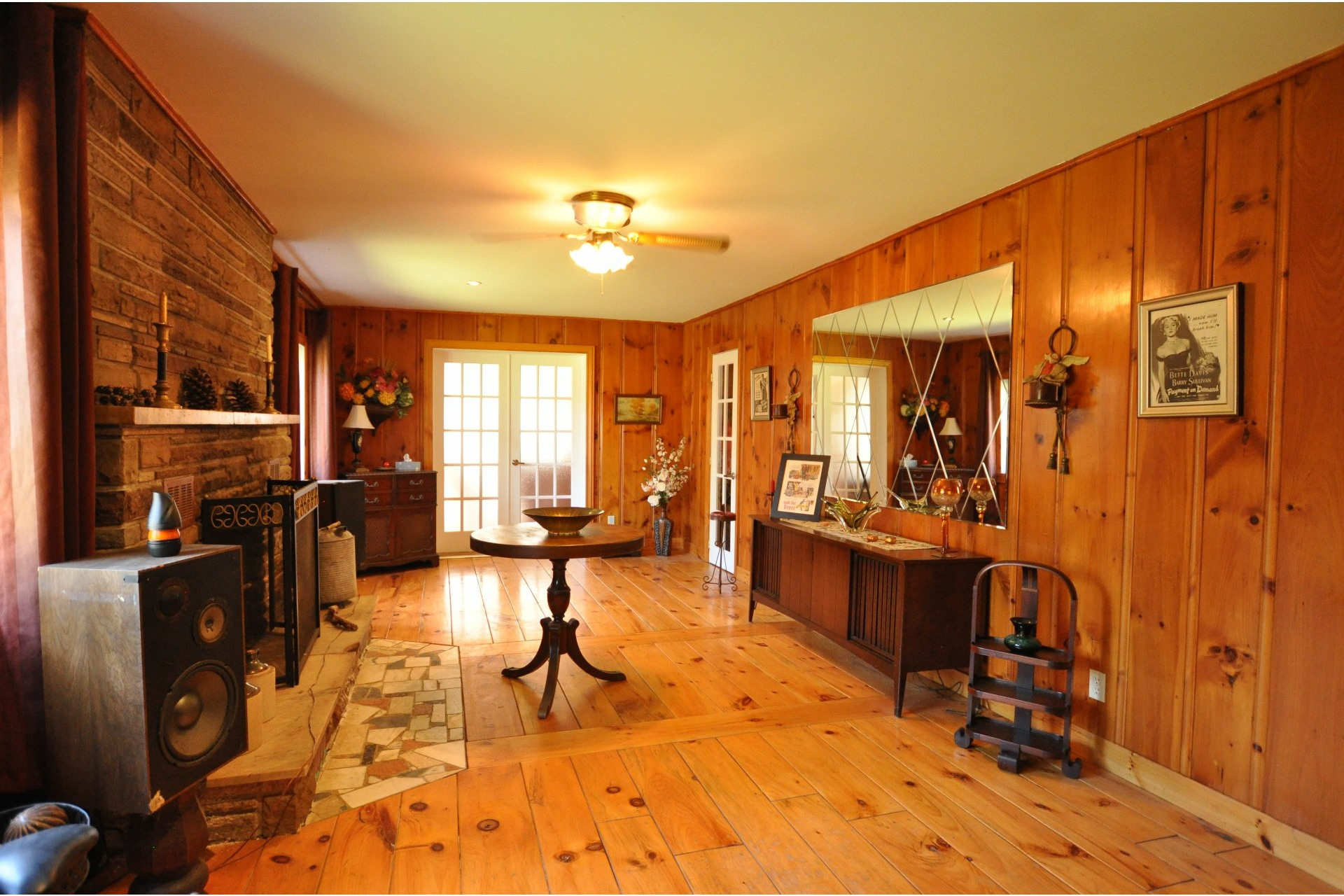 image 8 - House For sale Mille-Isles - 11 rooms