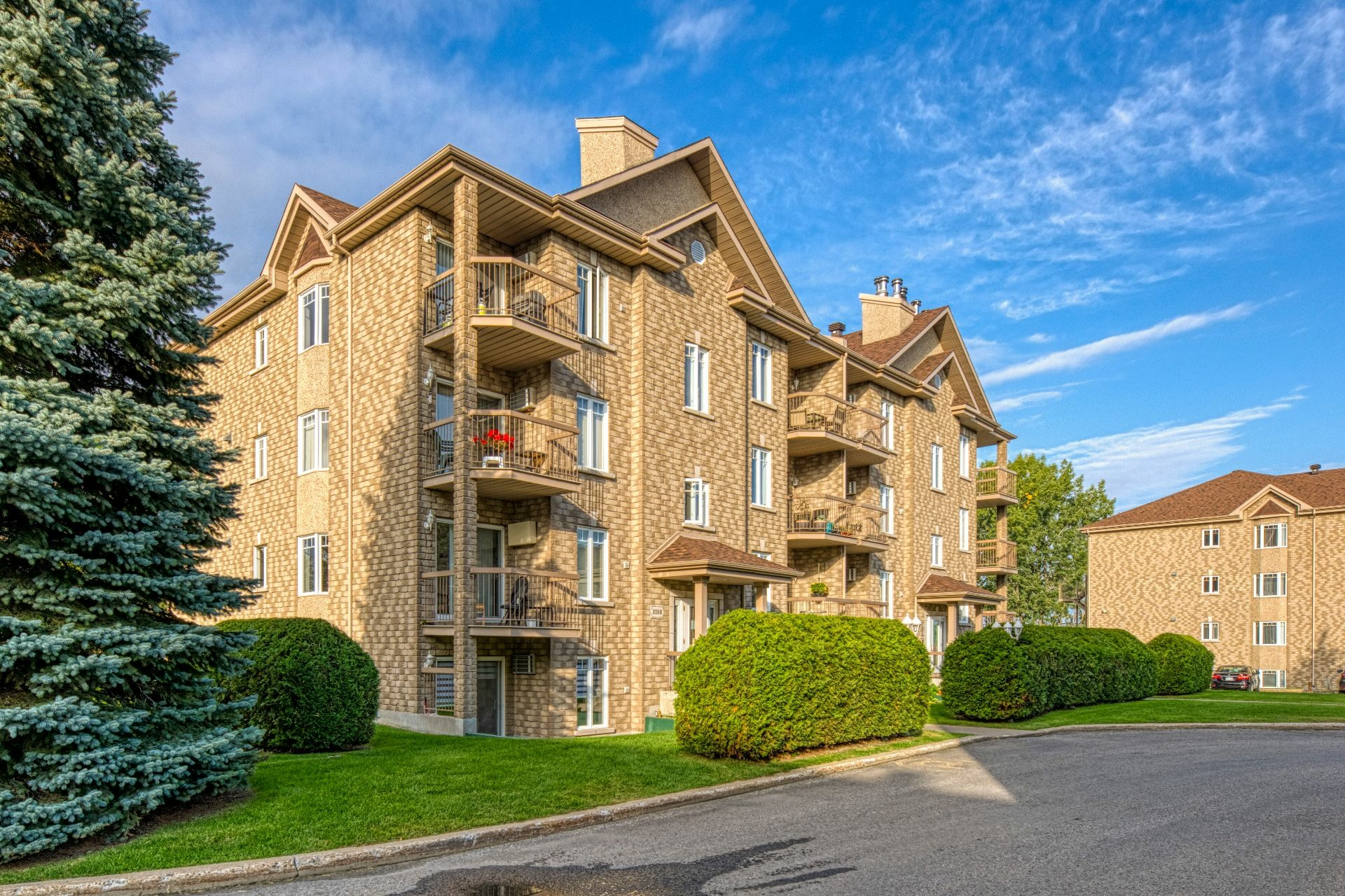 image 1 - Apartment For sale Chomedey Laval  - 5 rooms