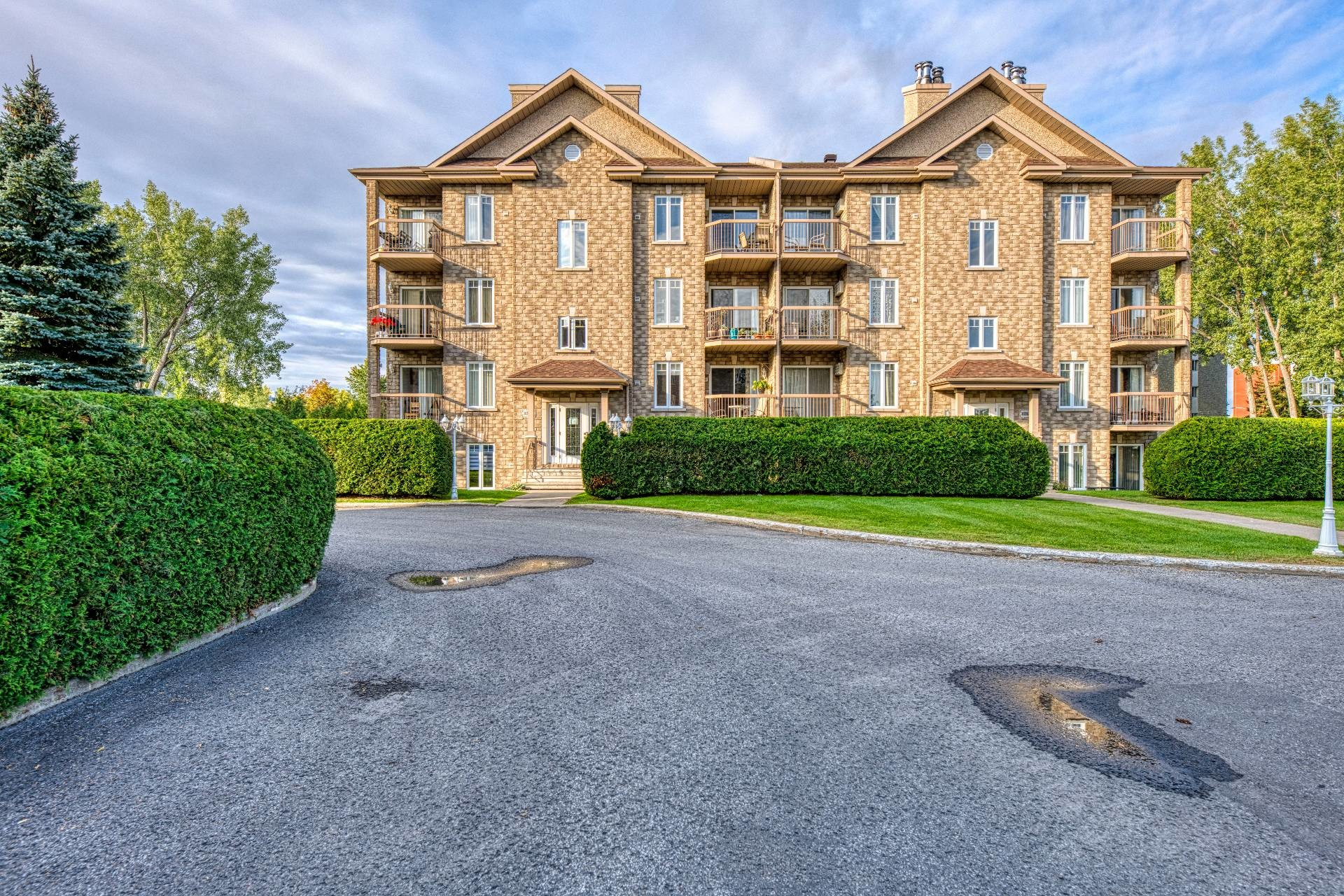 image 0 - Apartment For sale Chomedey Laval  - 5 rooms