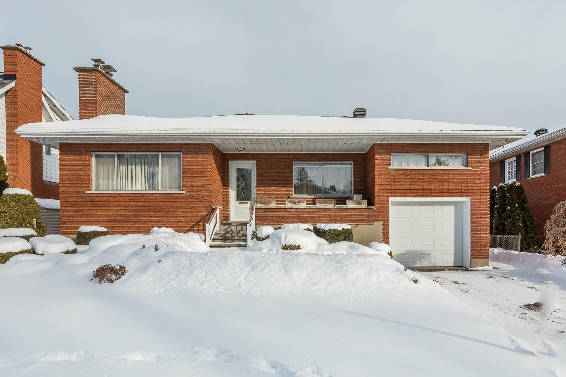 image 0 - House For sale Lachine Montréal  - 14 rooms