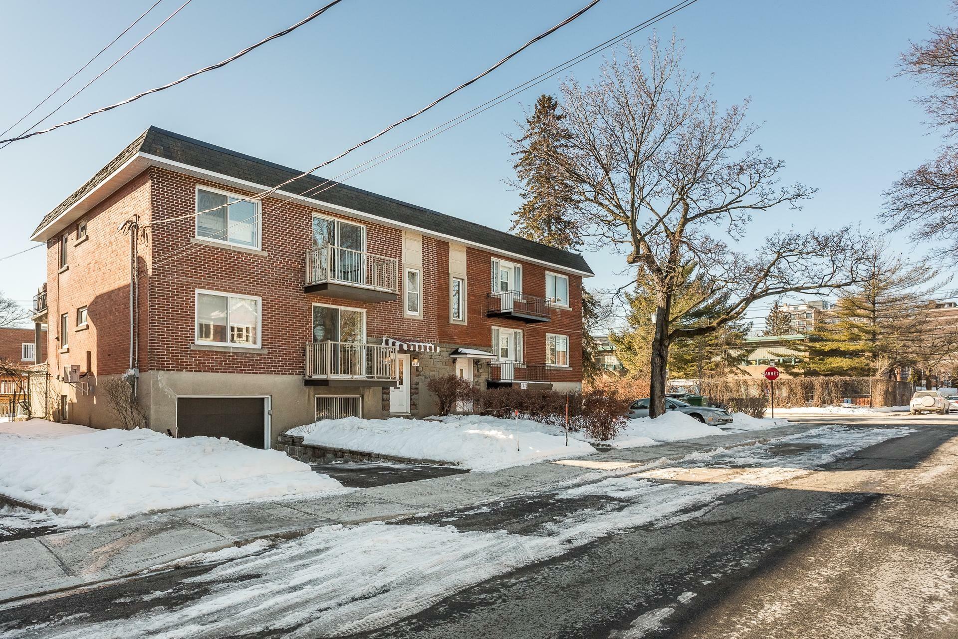image 0 - Duplex À vendre Côte-des-Neiges/Notre-Dame-de-Grâce Montréal  - 5 pièces