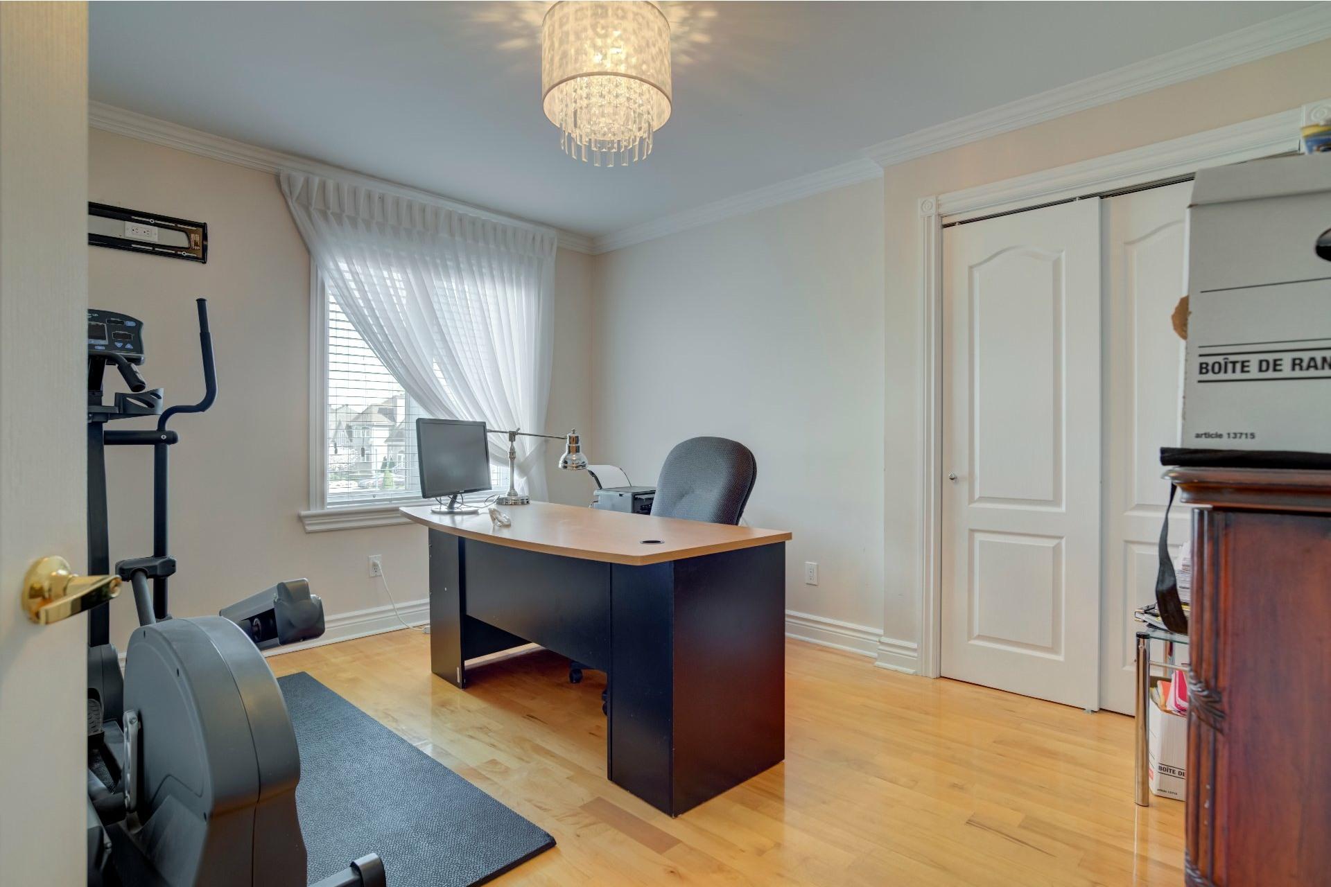 image 34 - Maison À vendre Duvernay Laval  - 13 pièces