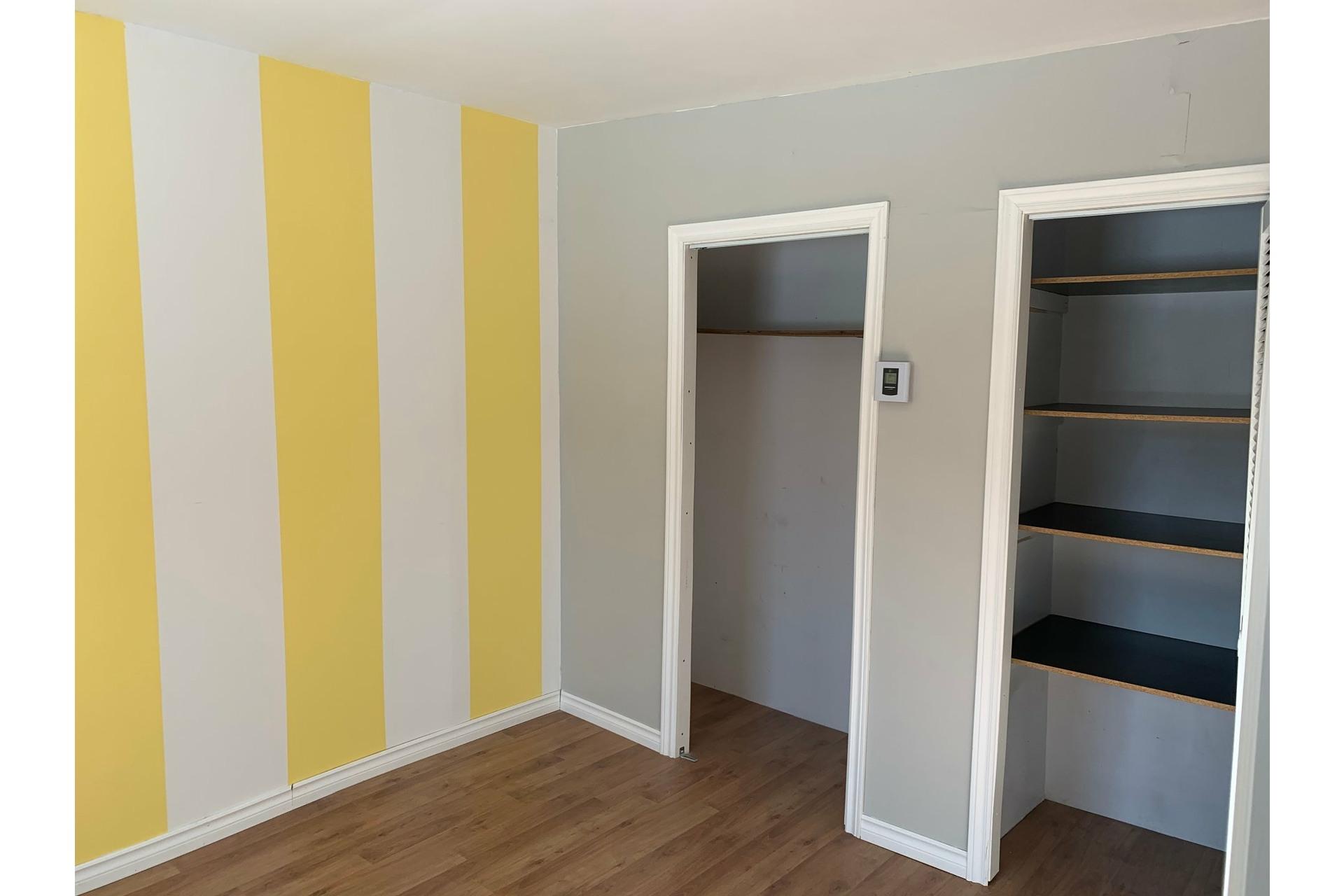 image 14 - Maison À vendre Trois-Rivières - 12 pièces