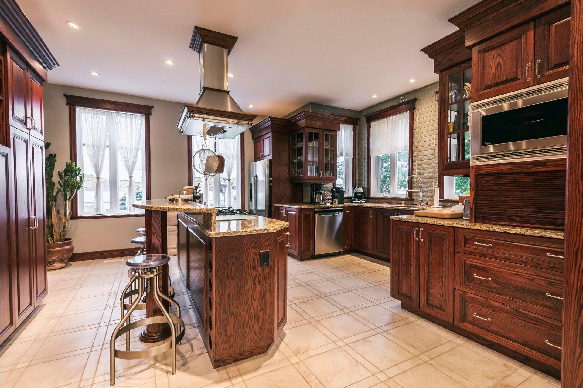 image 9 - Maison À vendre Salaberry-de-Valleyfield - 13 pièces