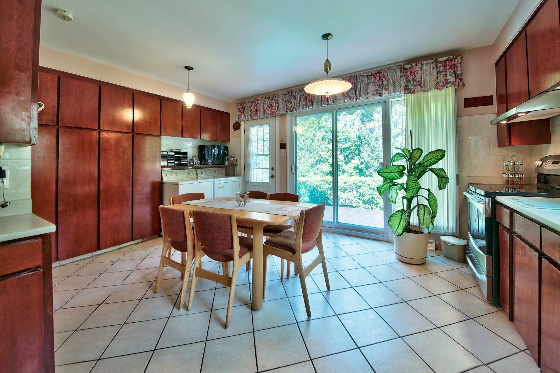 image 12 - House For sale Ahuntsic-Cartierville Montréal  - 11 rooms