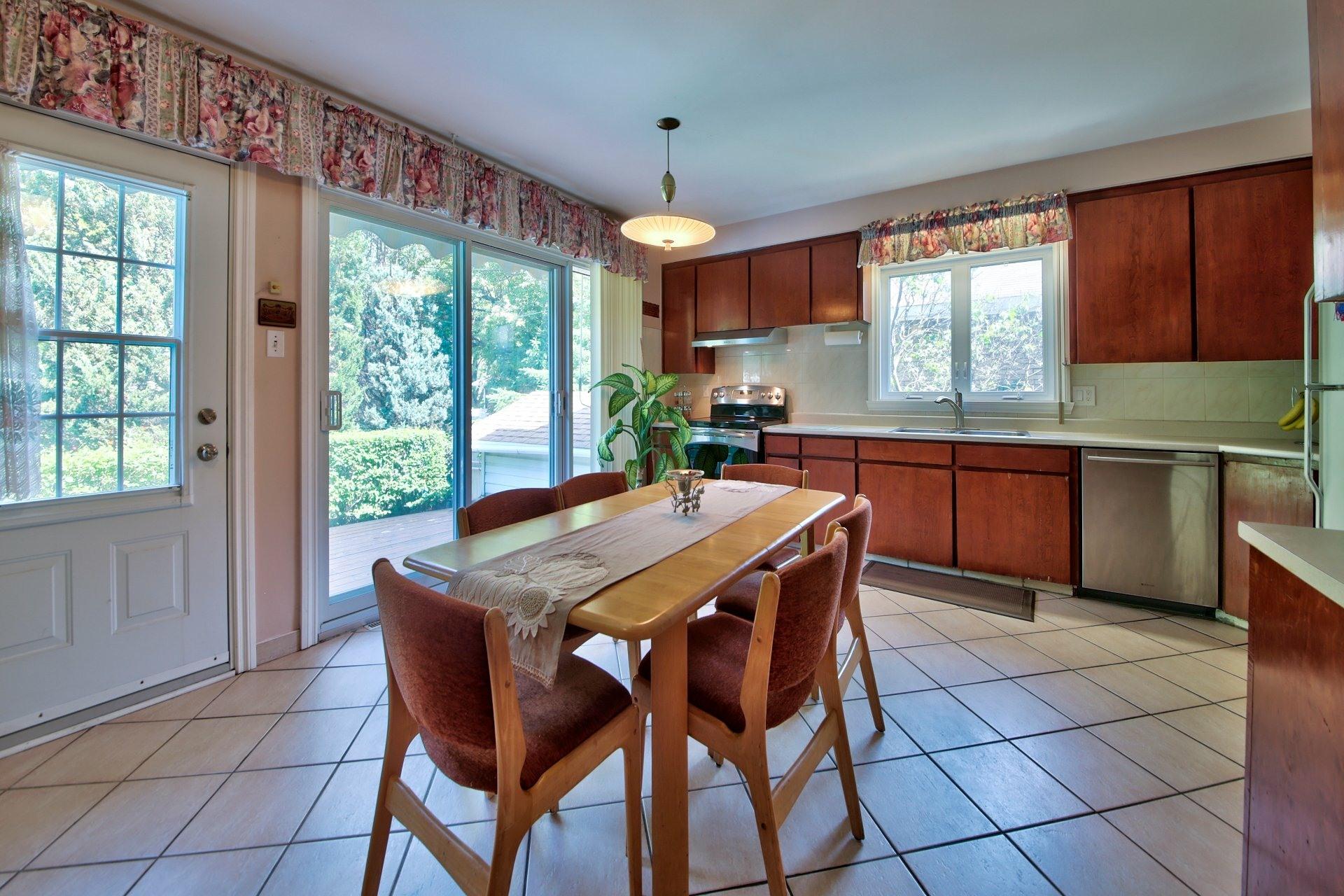 image 10 - House For sale Ahuntsic-Cartierville Montréal  - 11 rooms