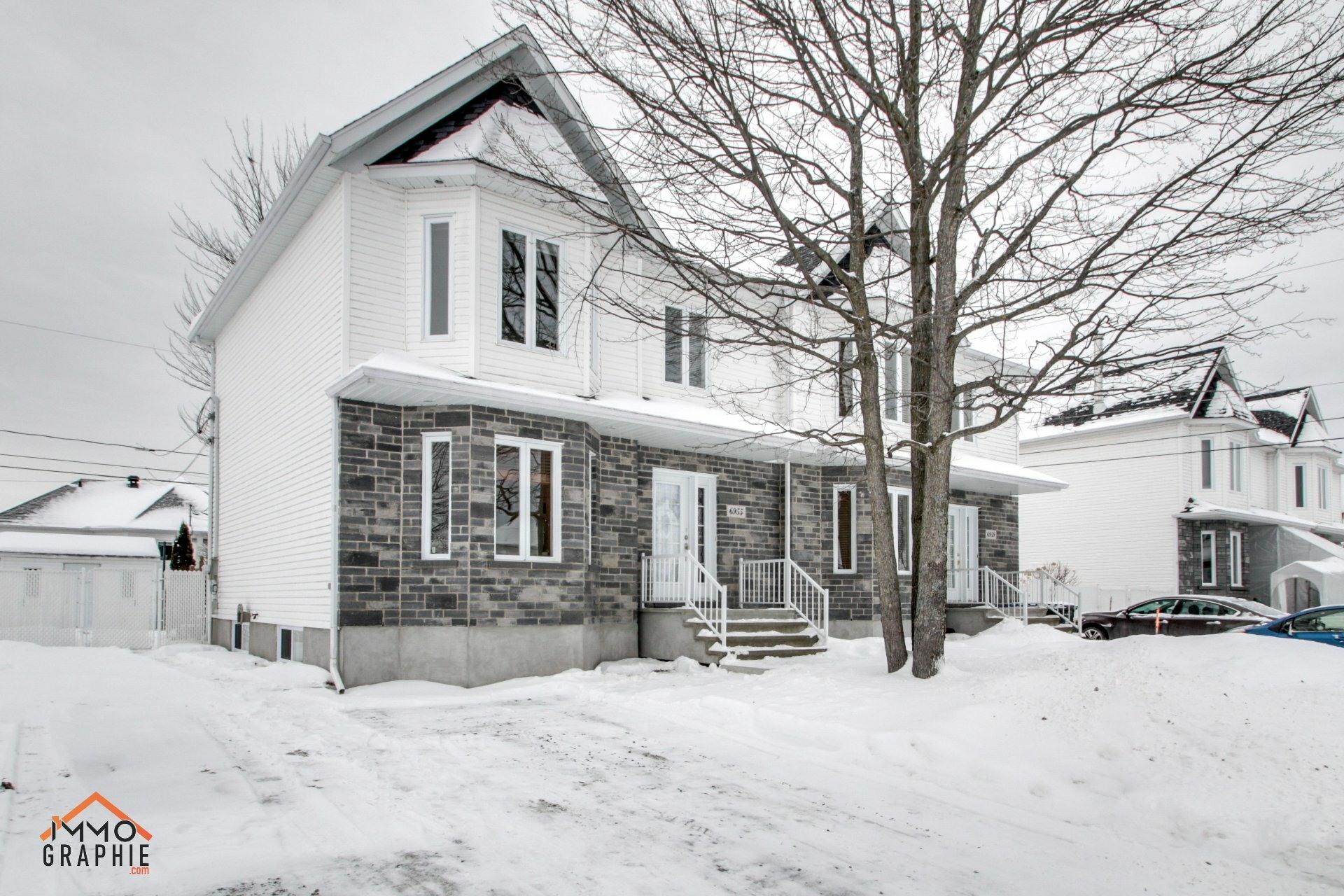 image 0 - House For sale Trois-Rivières - 13 rooms