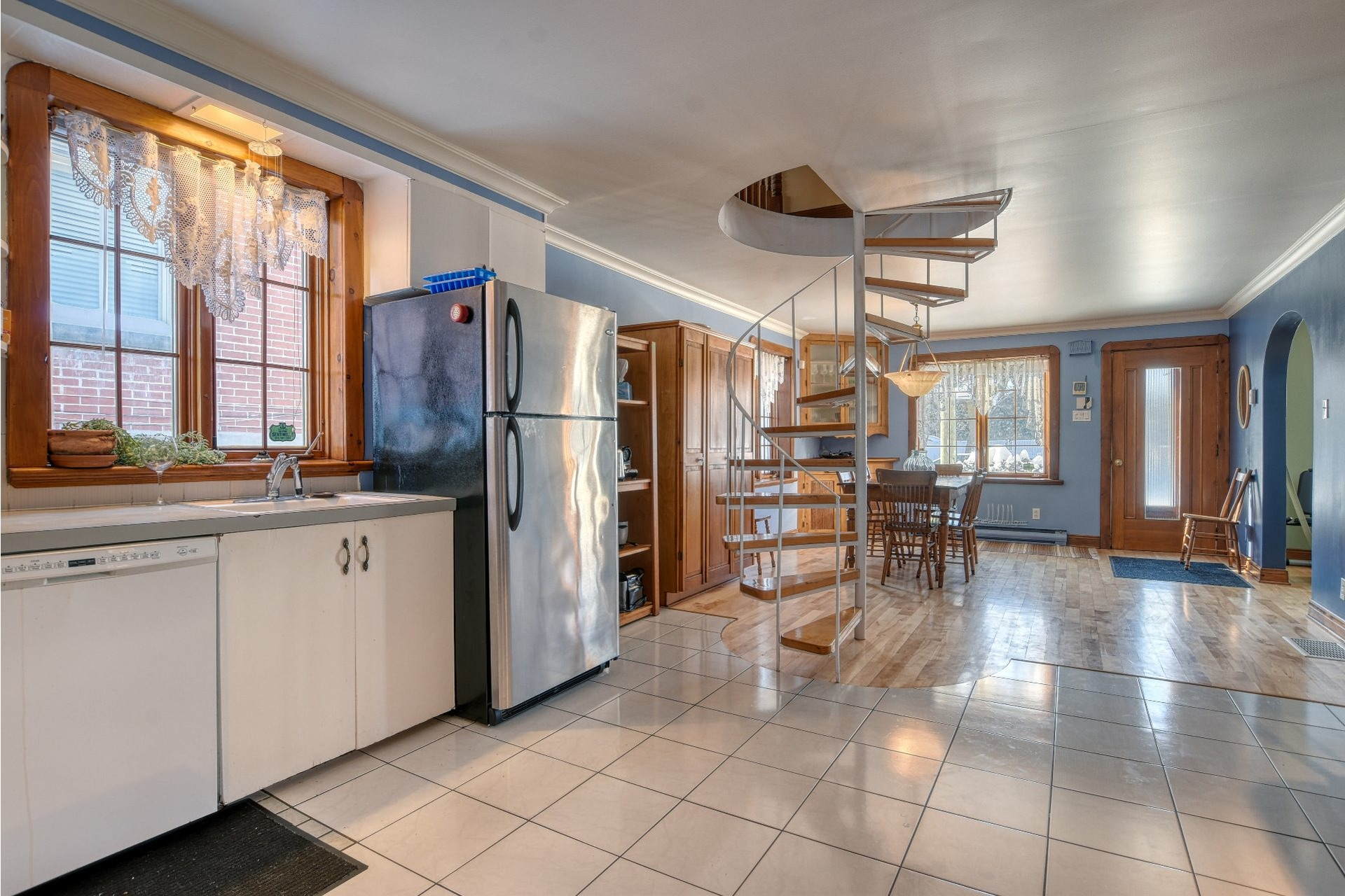 image 4 - House For sale Saint-Laurent Montréal  - 10 rooms