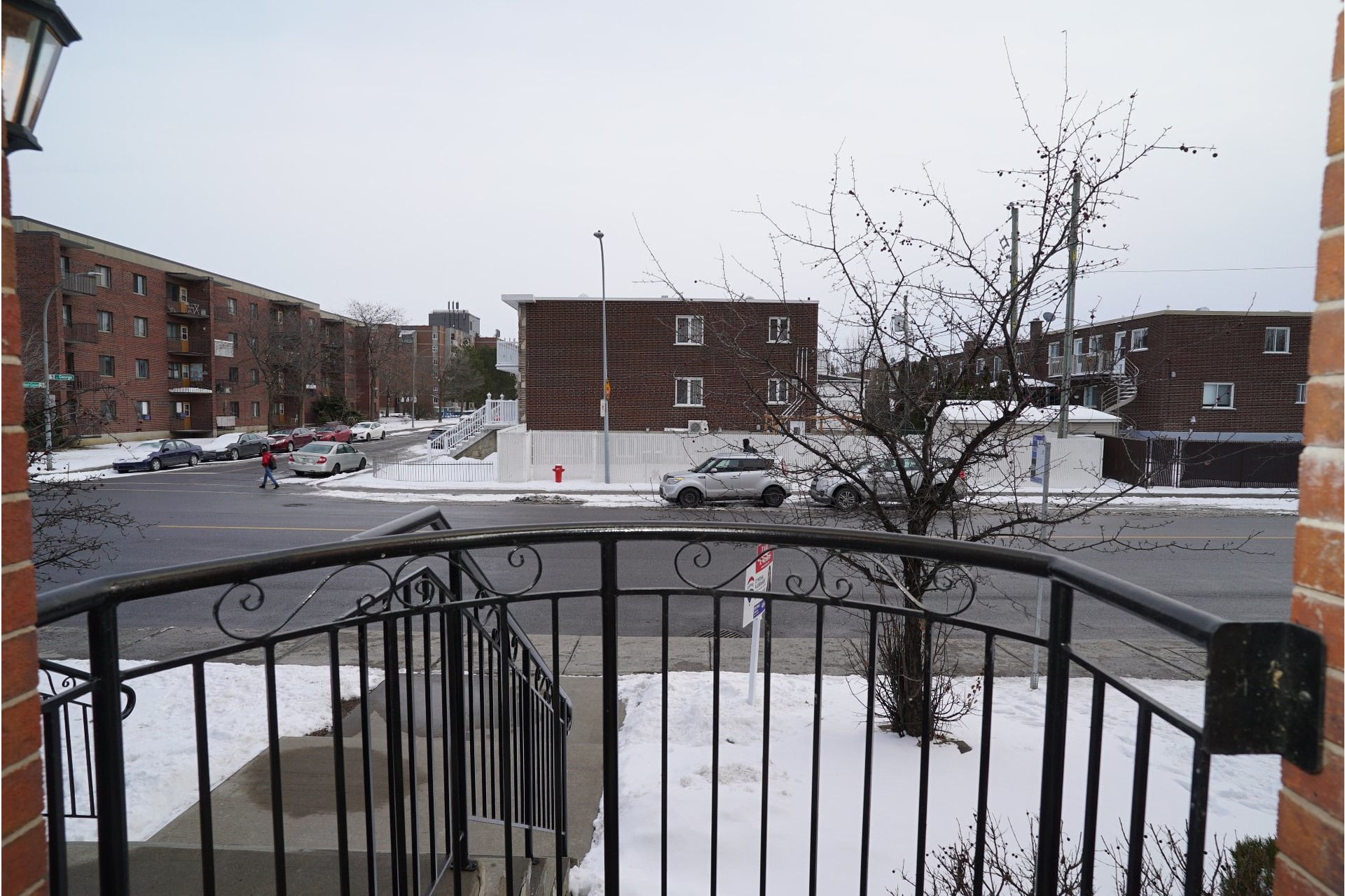 image 1 - Appartement À vendre LaSalle Montréal  - 11 pièces