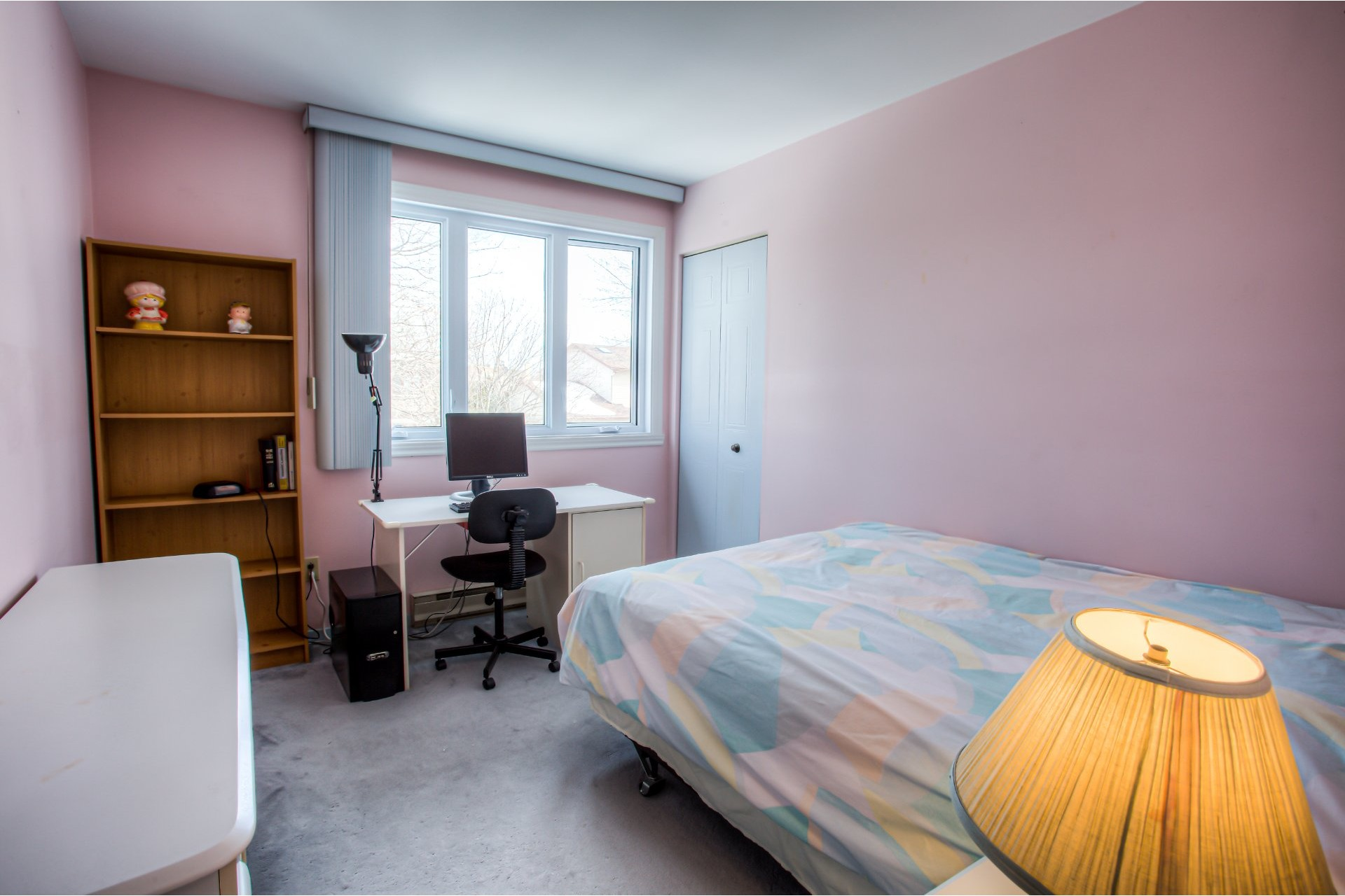 image 15 - House For sale Kirkland - 8 rooms