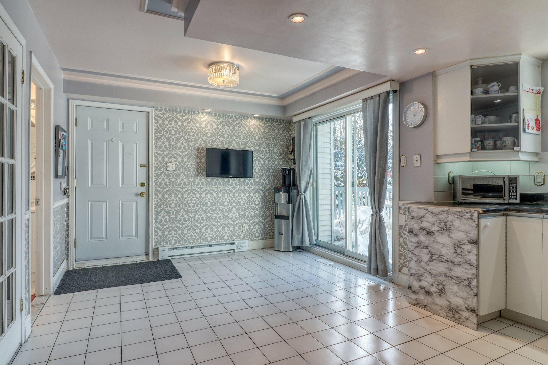 image 9 - House For sale Bois-des-Filion - 15 rooms