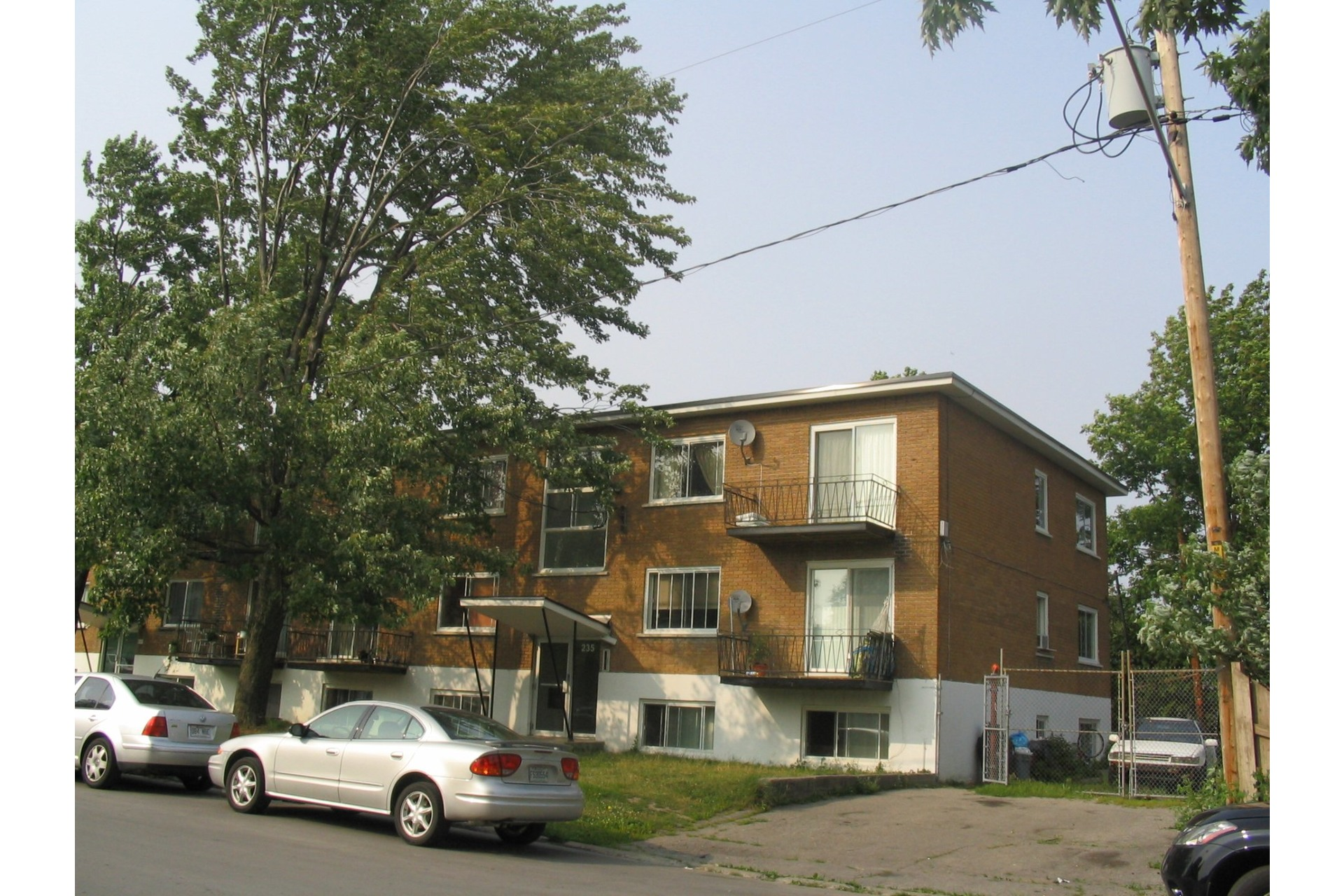 image 9 - Income property For sale Duvernay Laval  - 5 rooms