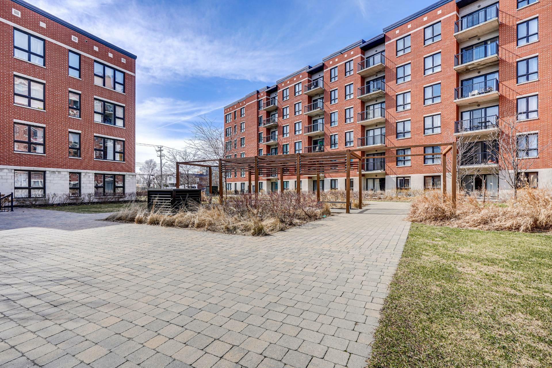 image 24 - Appartement À vendre Saint-Laurent Montréal  - 7 pièces