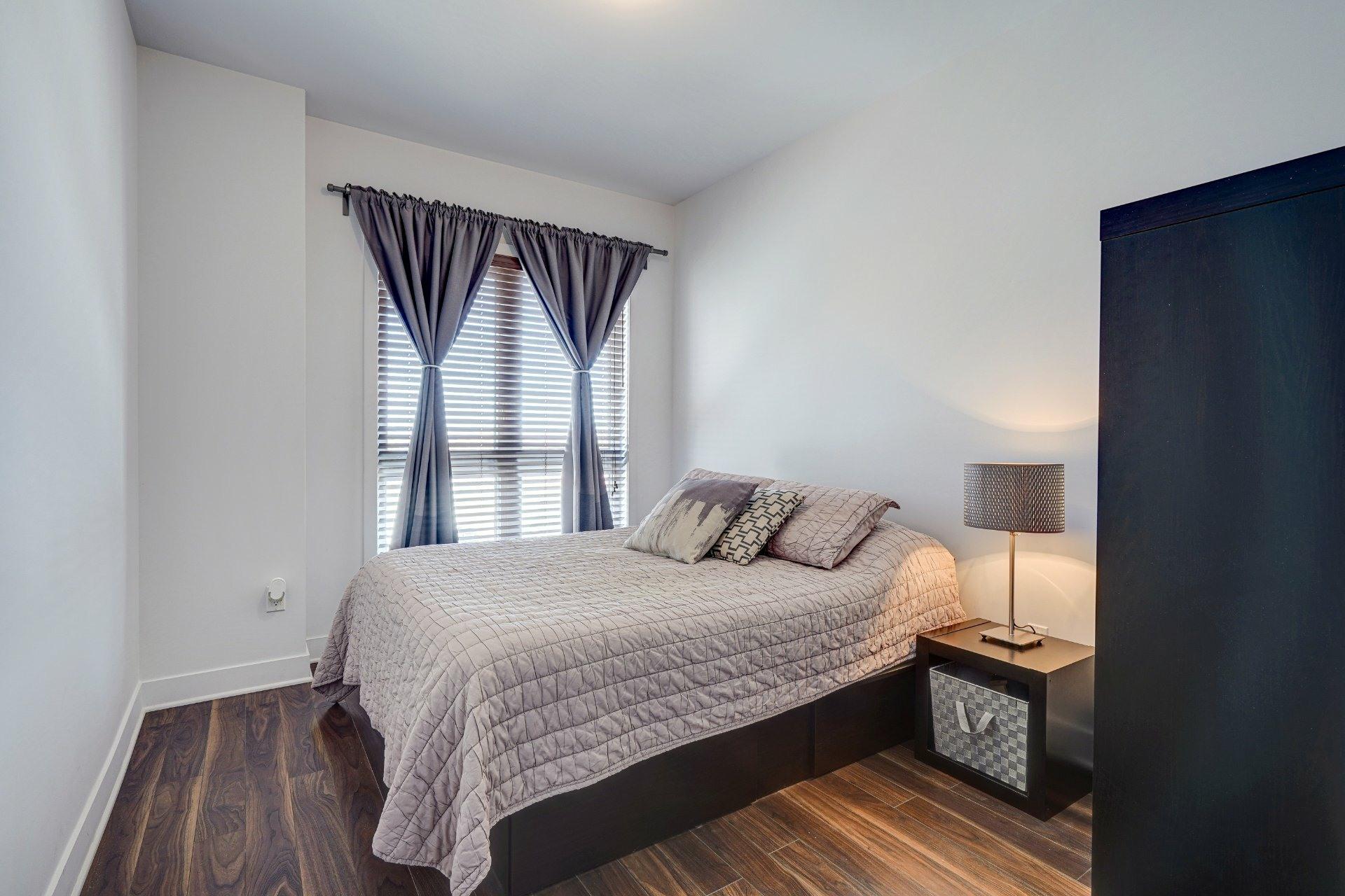 image 13 - Appartement À vendre Saint-Laurent Montréal  - 7 pièces