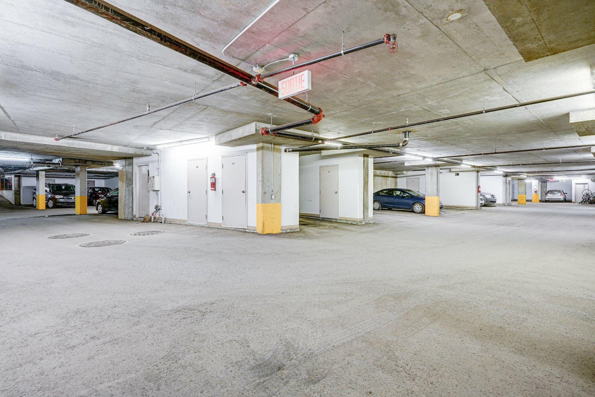 image 22 - Appartement À vendre Saint-Laurent Montréal  - 7 pièces