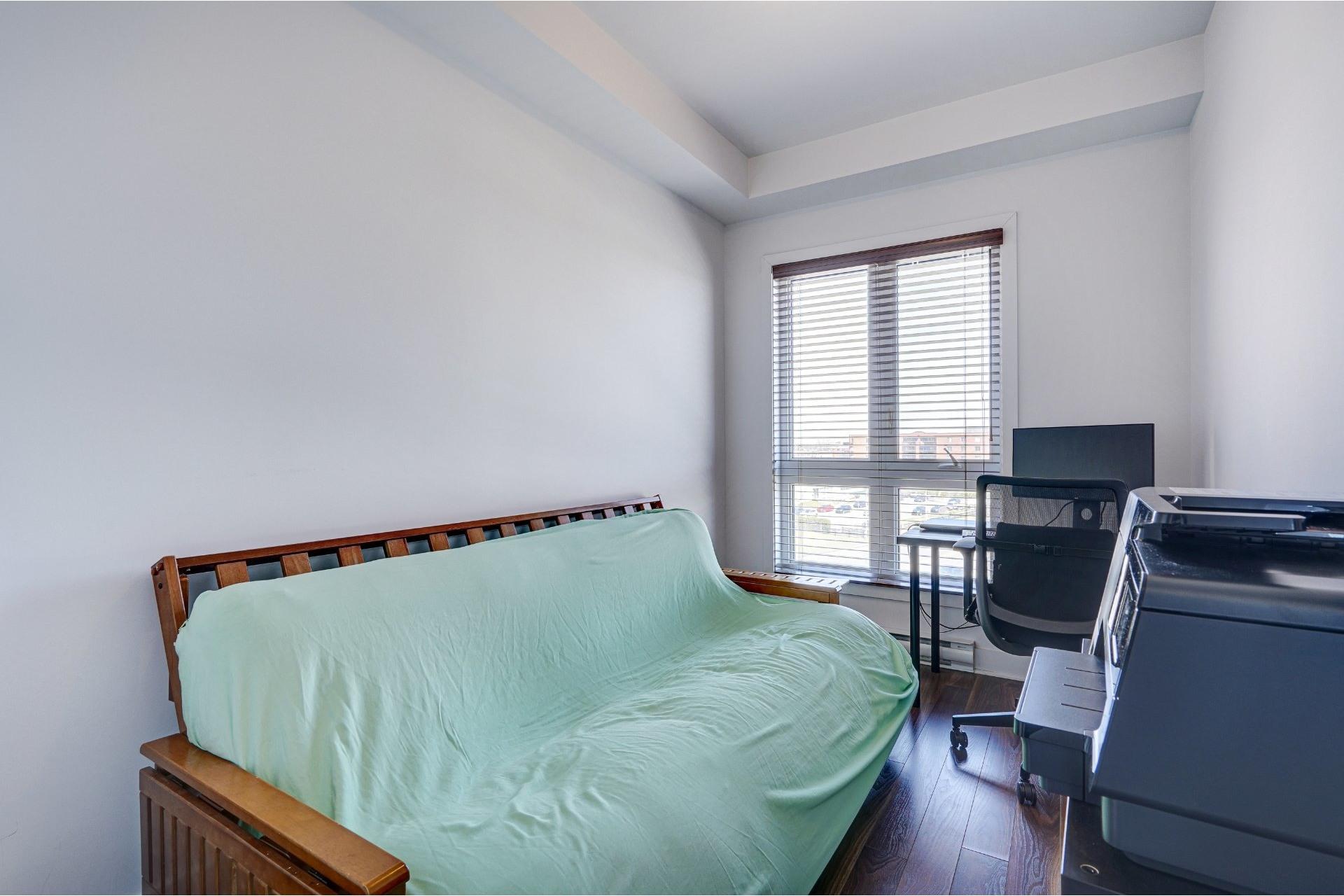 image 17 - Appartement À vendre Saint-Laurent Montréal  - 7 pièces