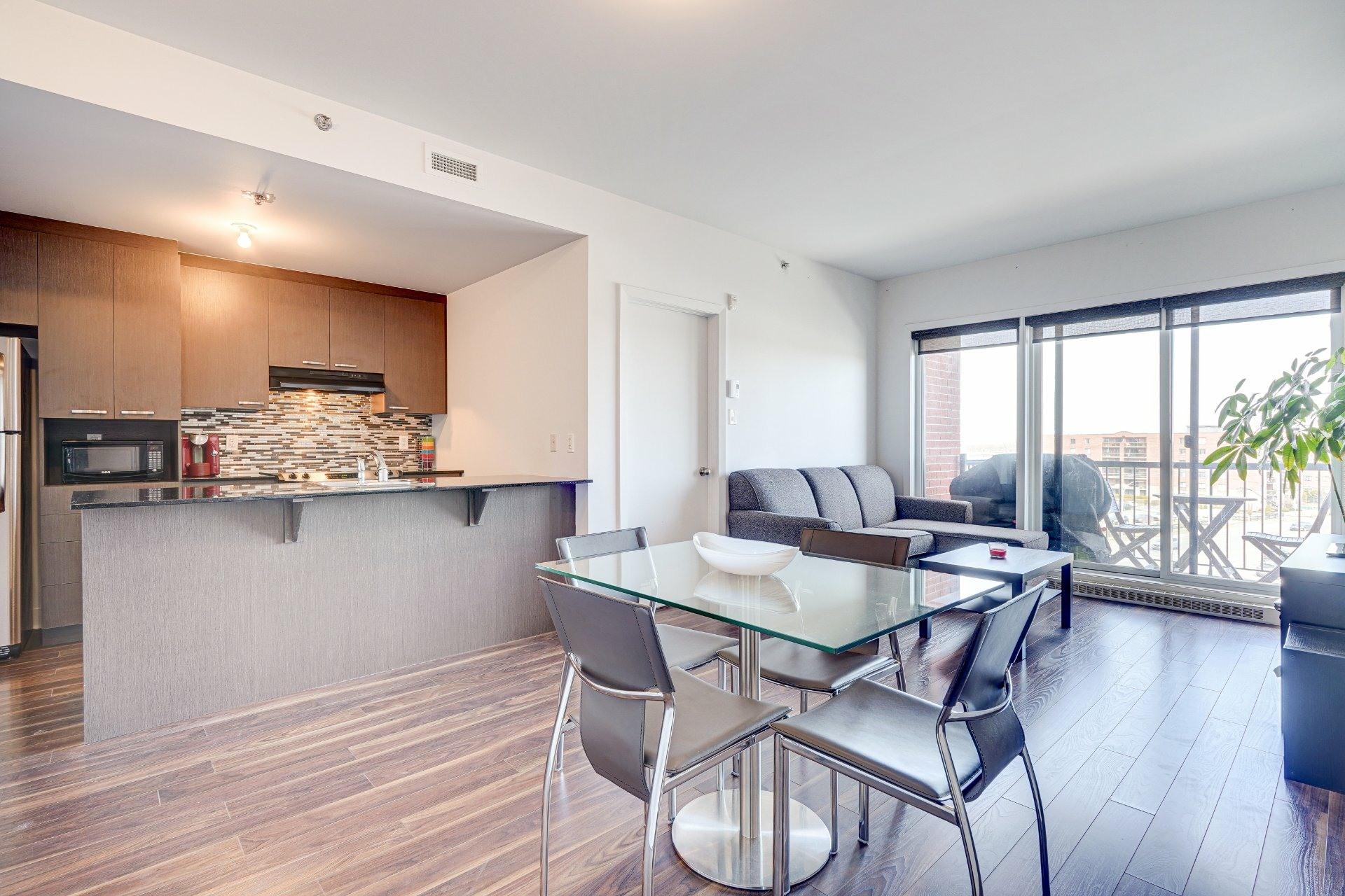 image 3 - Appartement À vendre Saint-Laurent Montréal  - 7 pièces