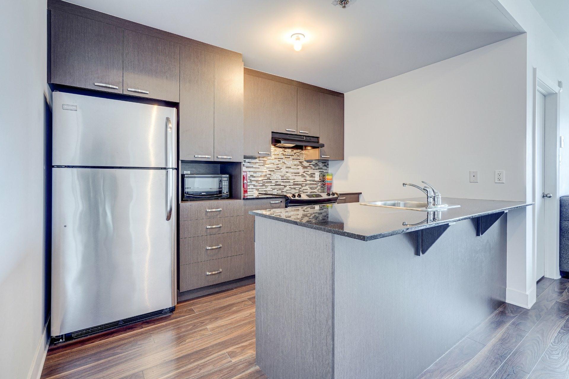 image 9 - Appartement À vendre Saint-Laurent Montréal  - 7 pièces