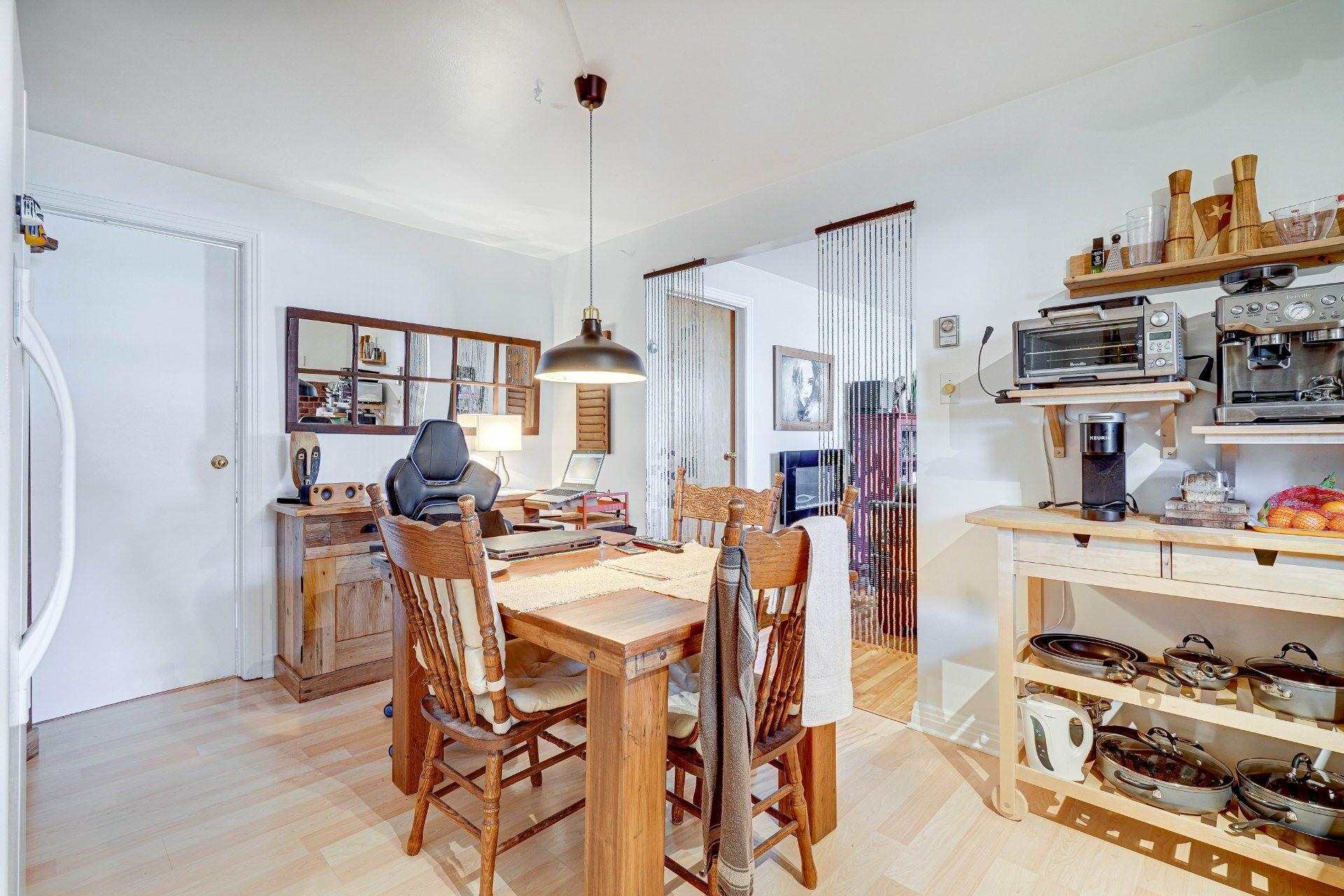 image 22 - Triplex For sale Dorval - 4 rooms