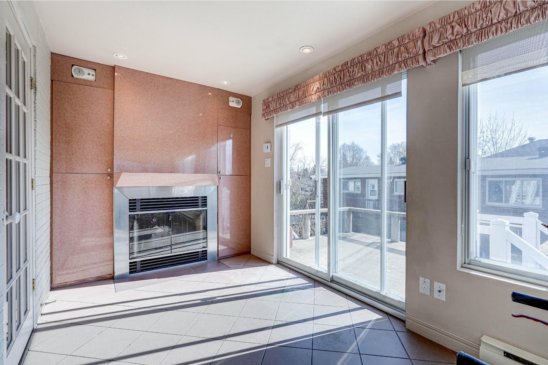 image 18 - Triplex For sale Dorval - 4 rooms
