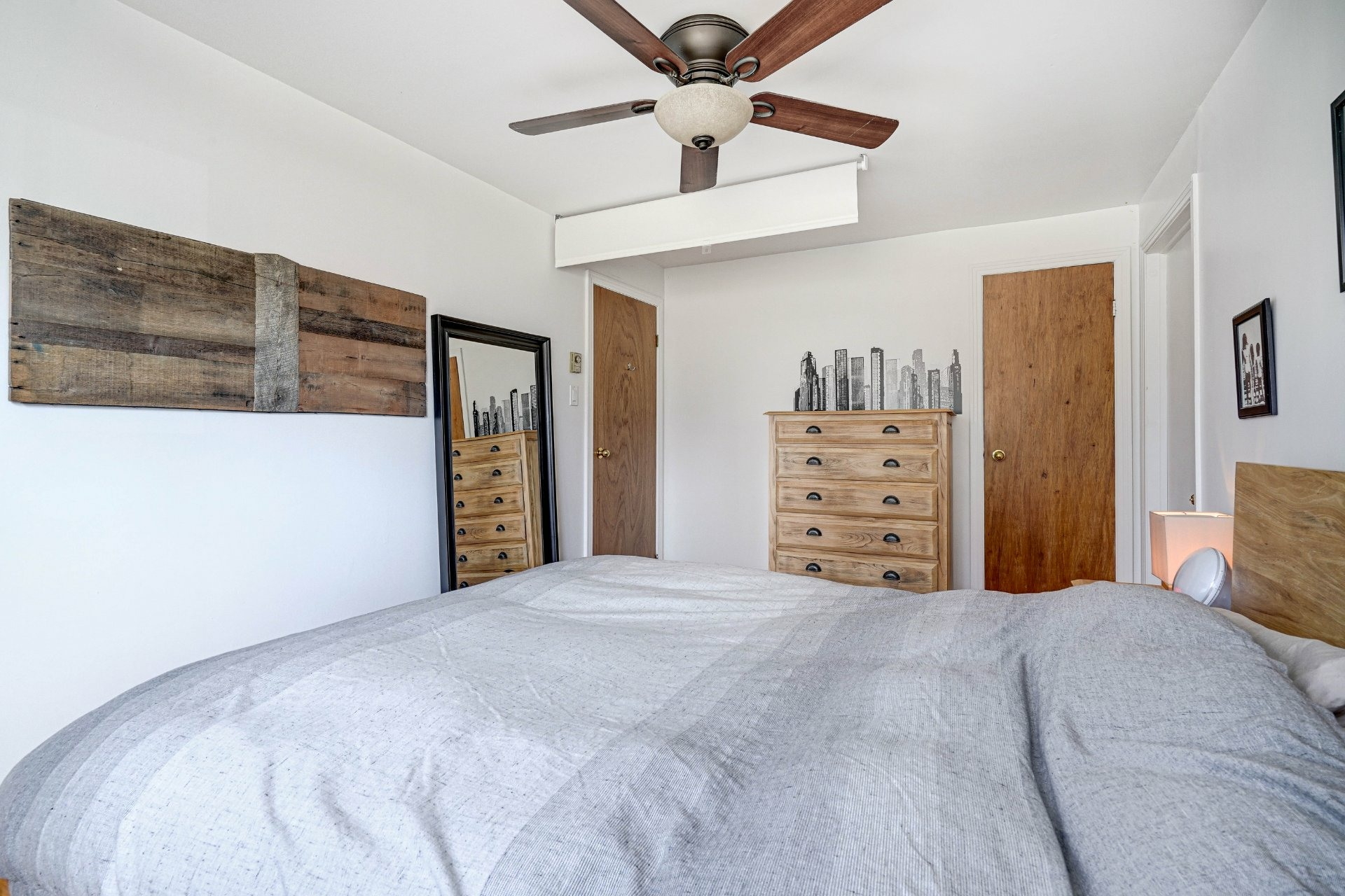 image 26 - Triplex For sale Dorval - 4 rooms