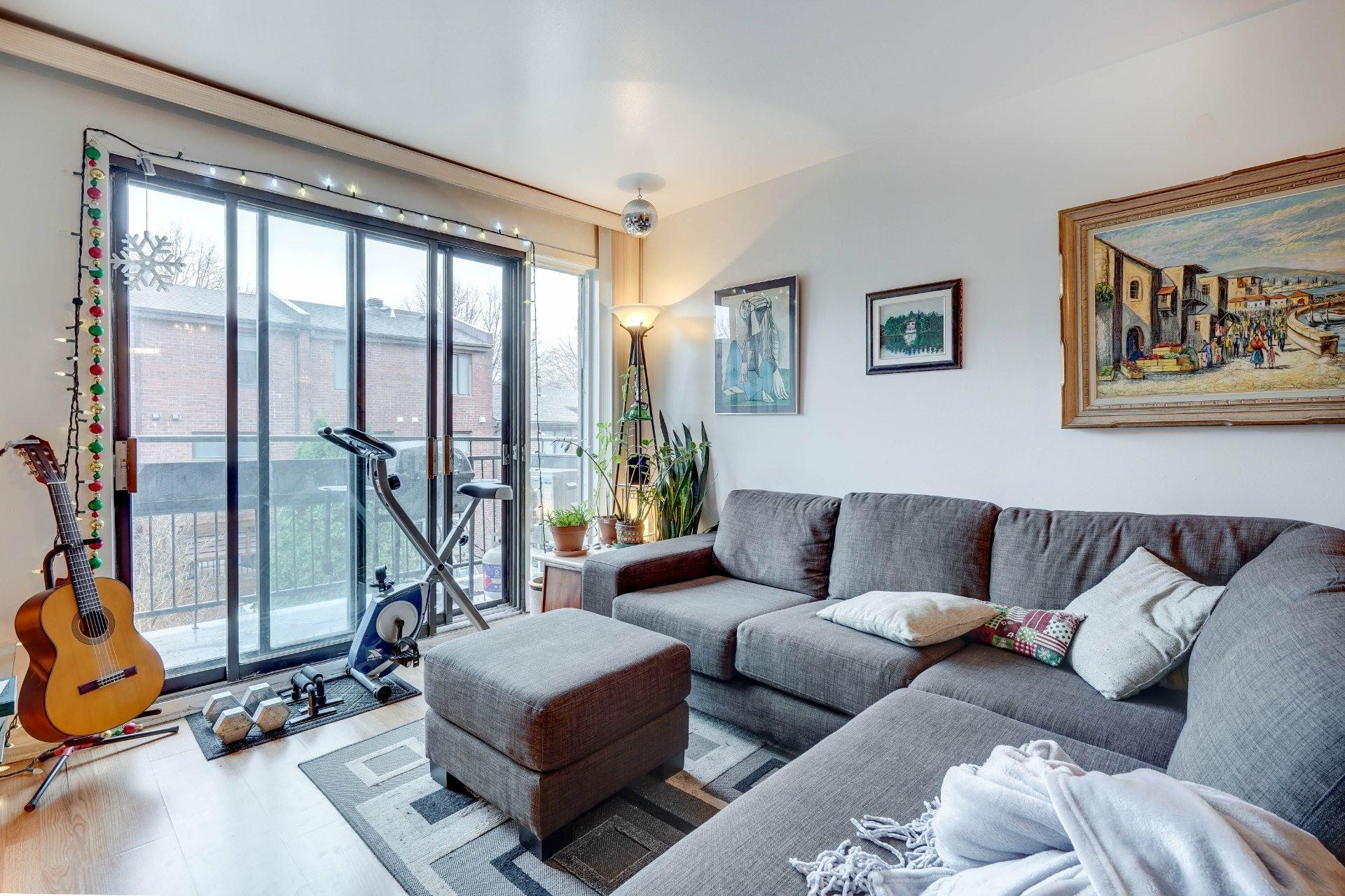 image 7 - Appartement À louer Le Sud-Ouest Montréal  - 10 pièces