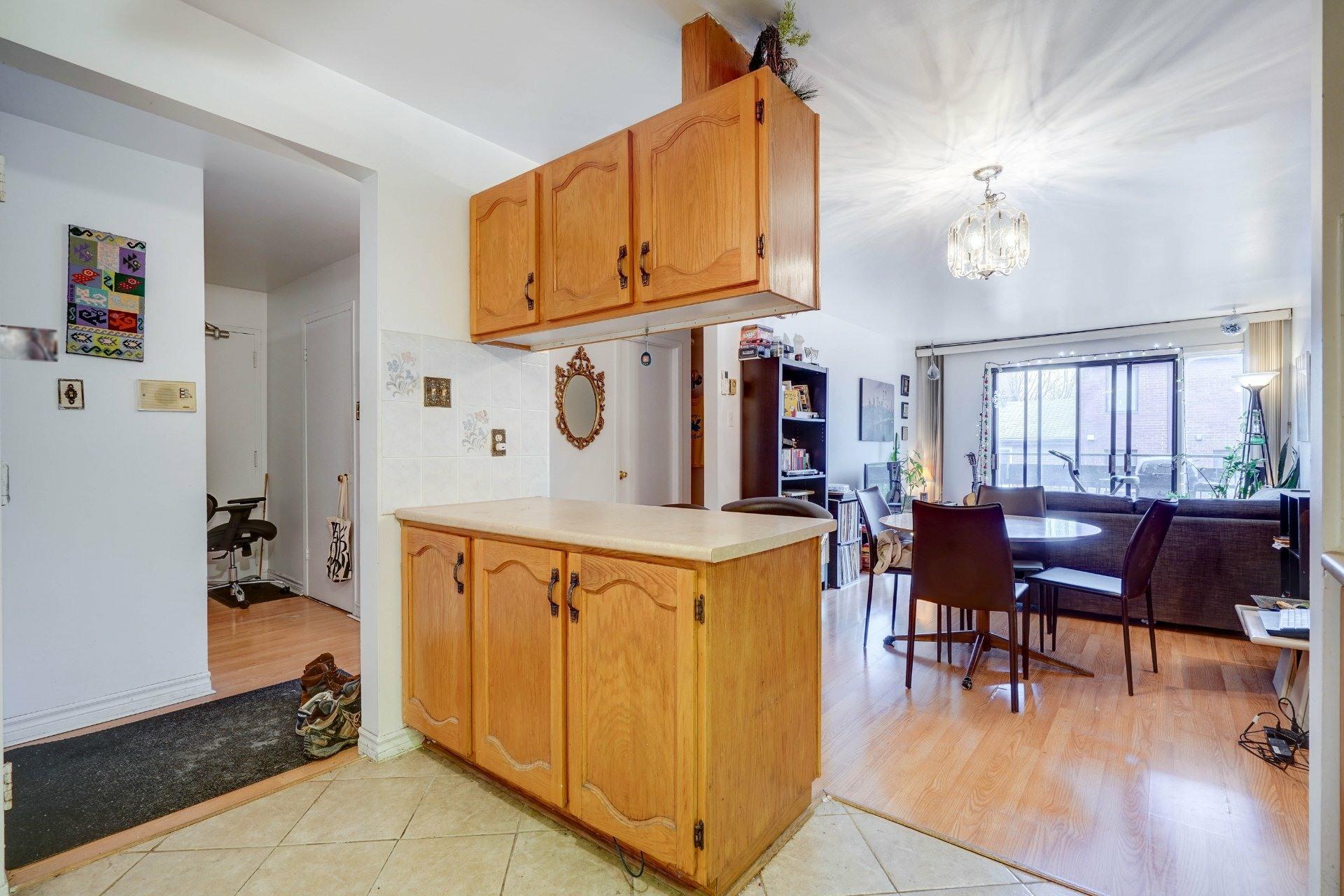 image 2 - Appartement À louer Le Sud-Ouest Montréal  - 10 pièces