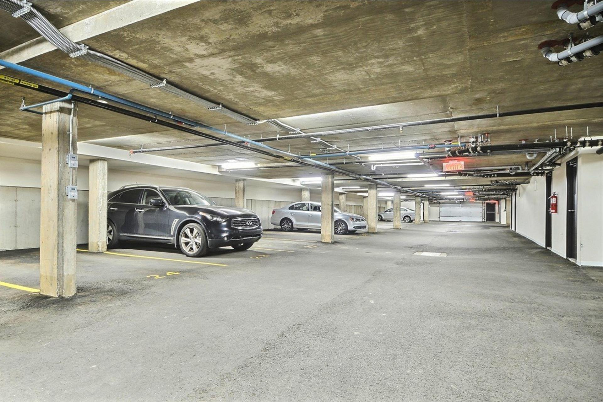 image 11 - Appartamento In Affitto Saint-Laurent Montréal  - 5 stanze