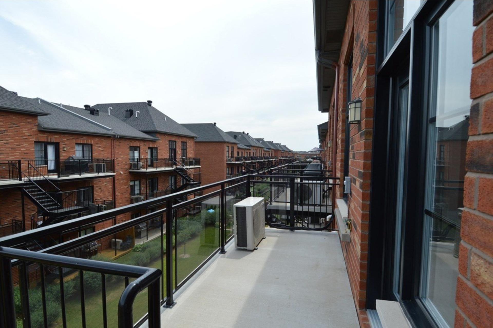 image 18 - Appartamento In Affitto Saint-Laurent Montréal  - 5 stanze