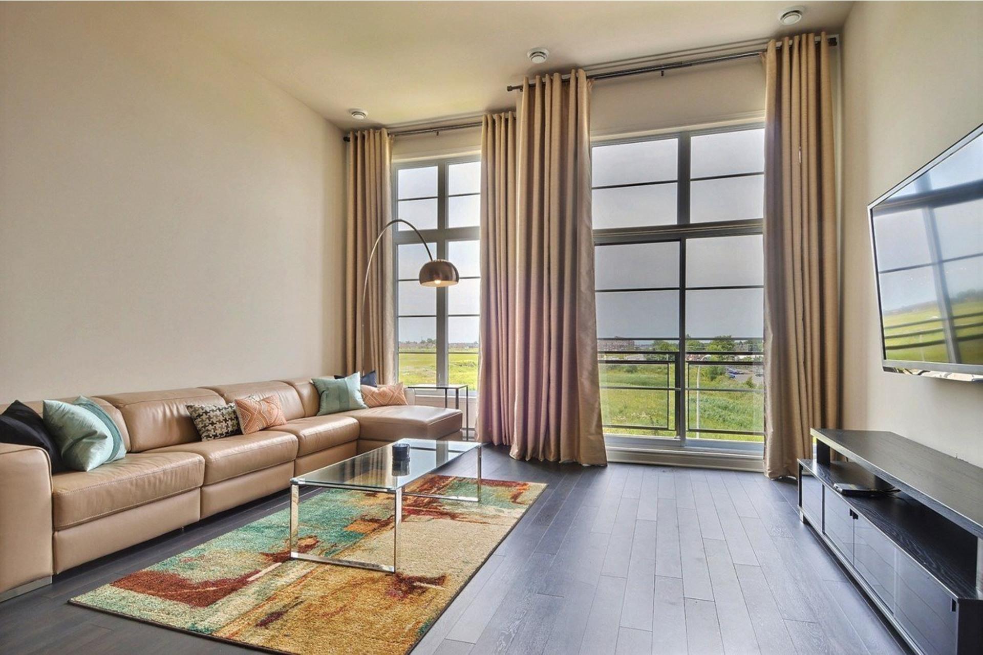 image 19 - Appartamento In Affitto Saint-Laurent Montréal  - 5 stanze