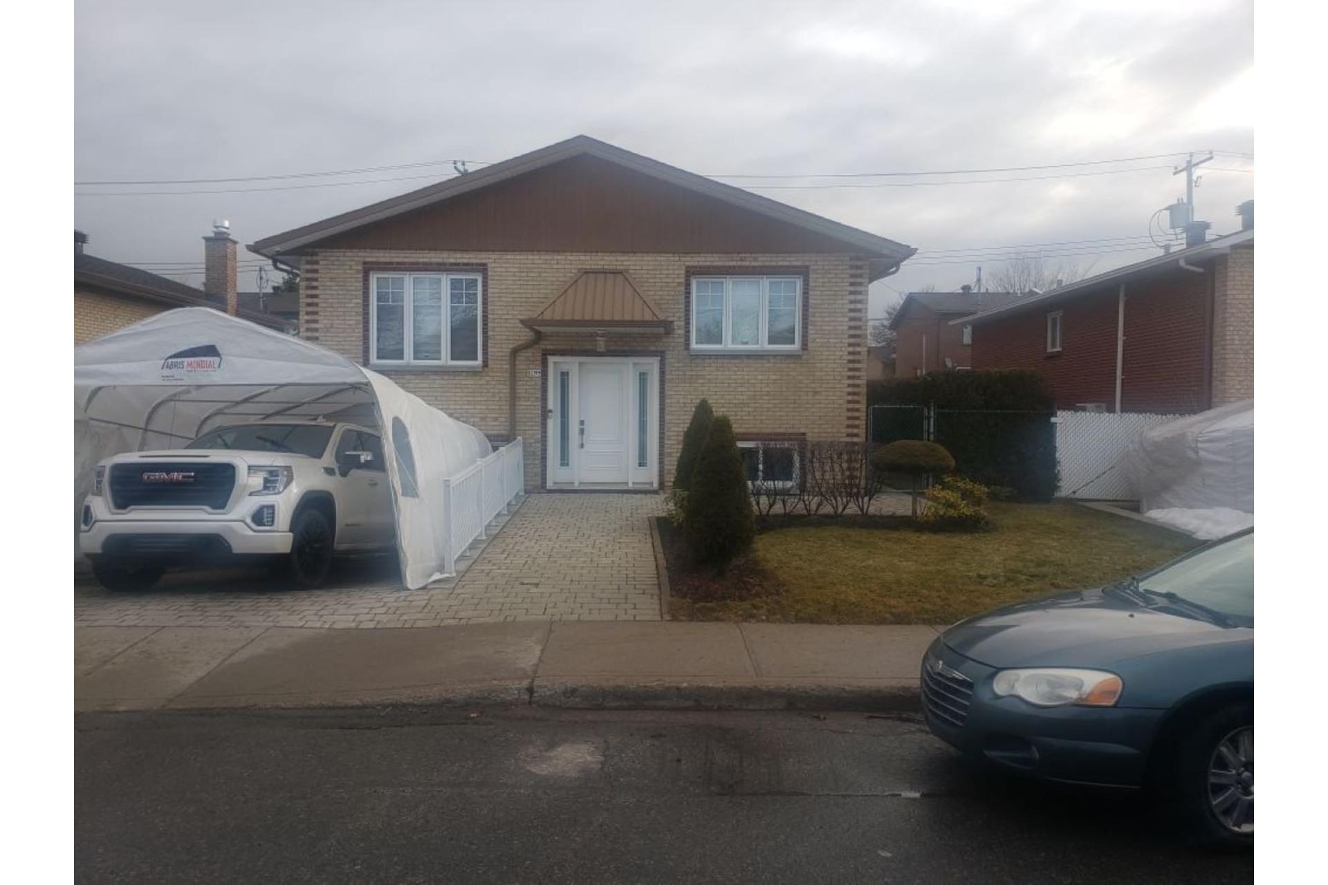 image 0 - Casa In Vendita Rivière-des-Prairies/Pointe-aux-Trembles Montréal  - 2 stanze
