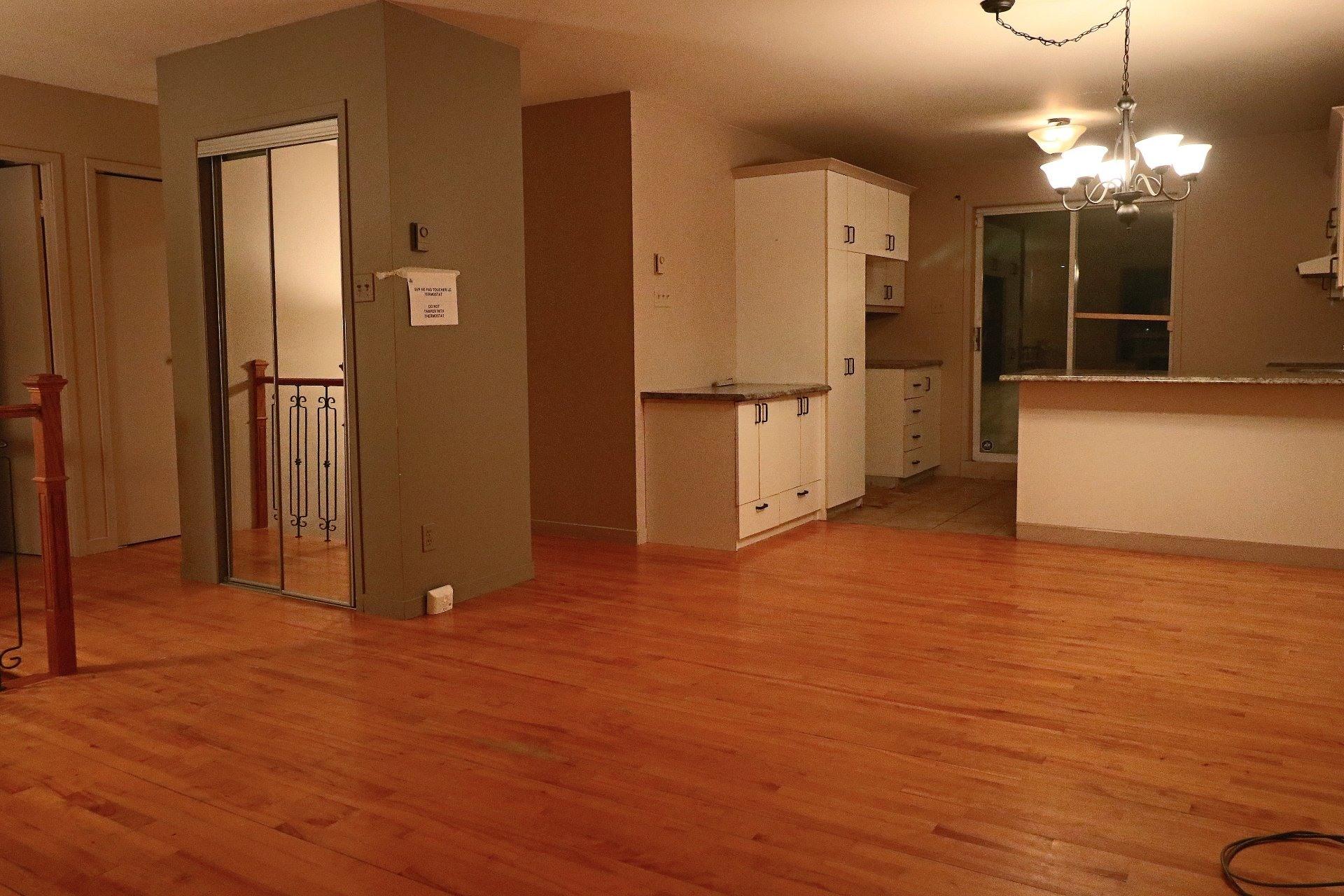 image 5 - House For sale Trois-Rivières - 11 rooms