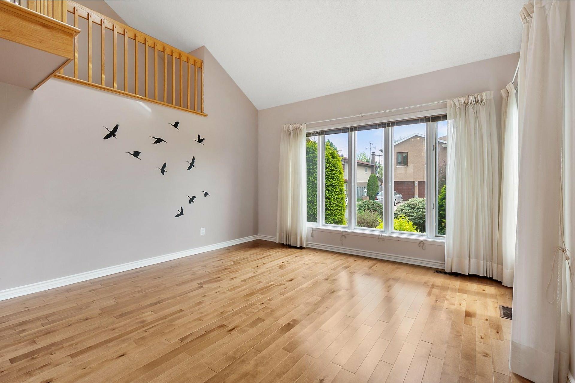image 2 - House For sale Kirkland - 12 rooms