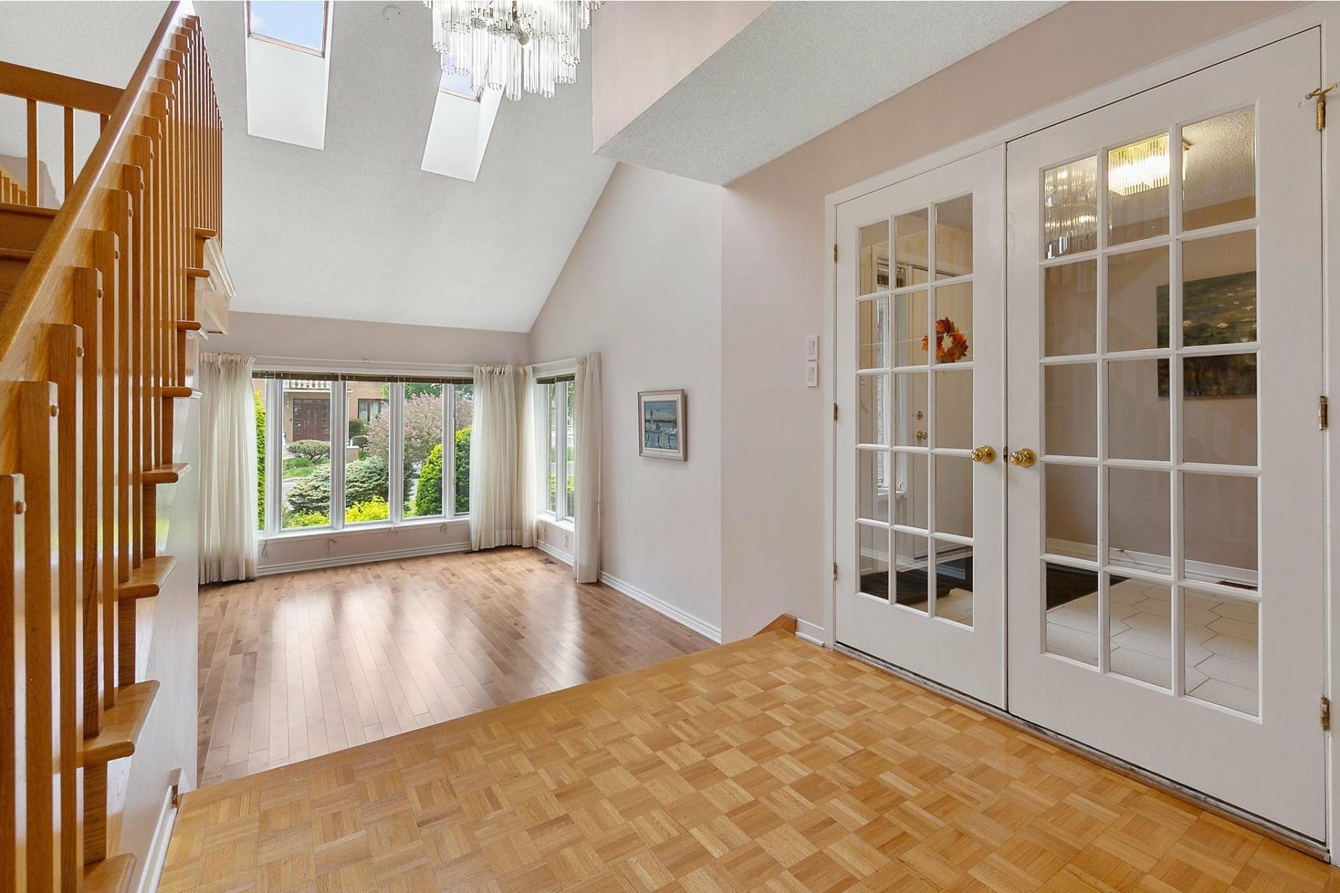 image 1 - House For sale Kirkland - 12 rooms