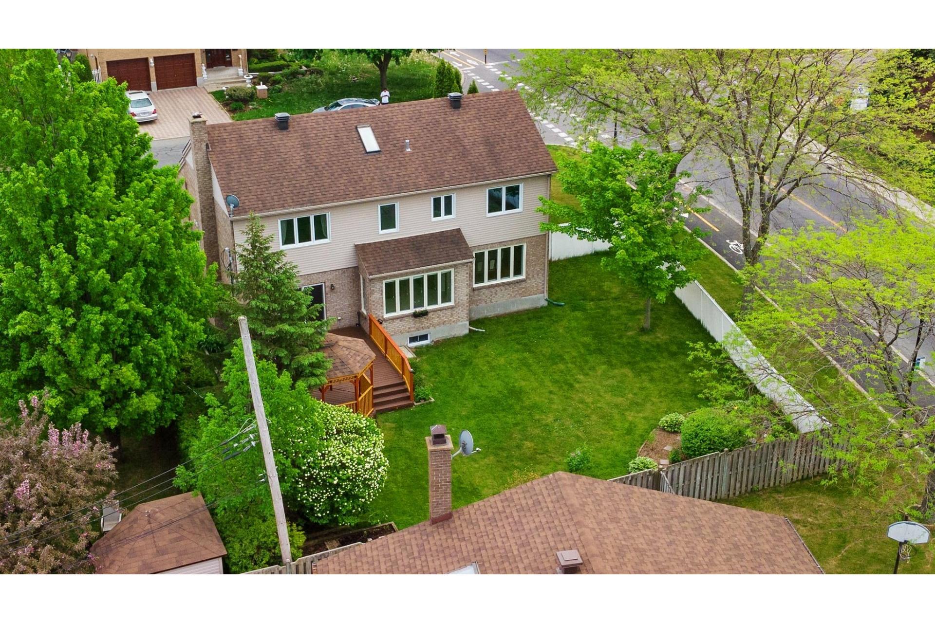 image 35 - House For sale Kirkland - 12 rooms