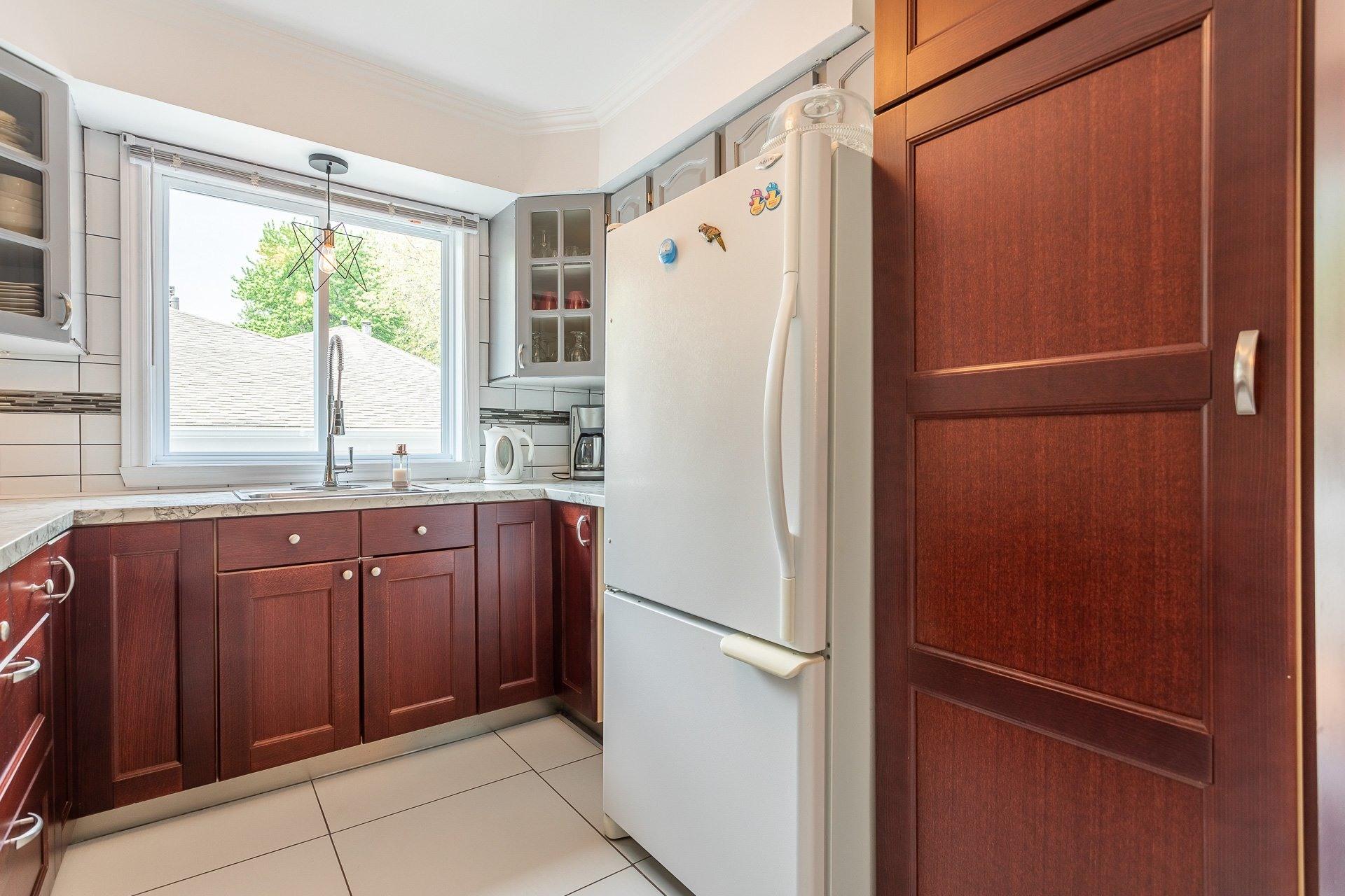 image 11 - Maison À vendre Rivière-des-Prairies/Pointe-aux-Trembles Montréal  - 12 pièces